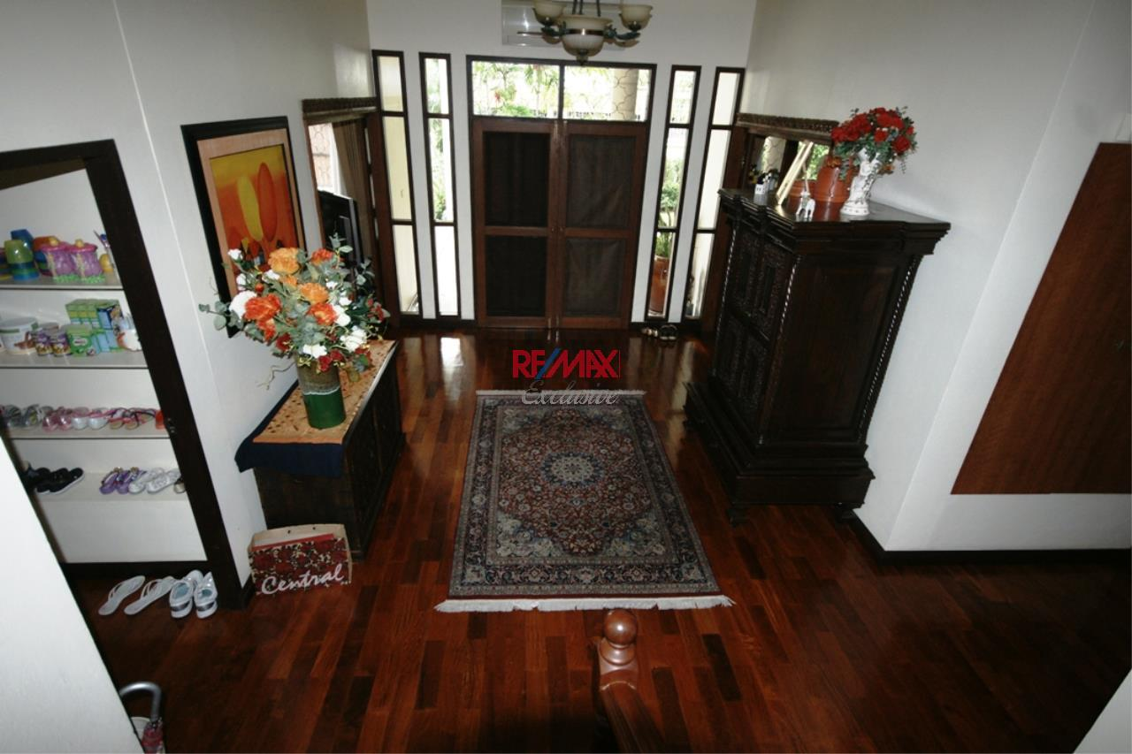 RE/MAX Exclusive Agency's Detached House 4 Bedrooms Plus 3 Maid's Room, 200 Sq Wah For Rent!! 17