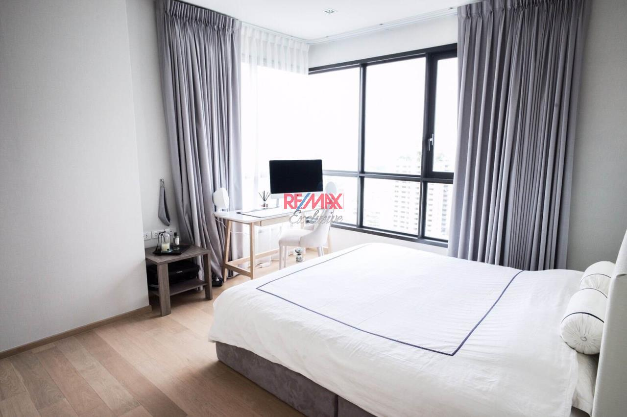RE/MAX Exclusive Agency's HQ Thonglor, 2 Bedrooms  2, Bathrooms 80 Sqm., With Fully Equipped Living and Kitchen Room, For Rent!! 9