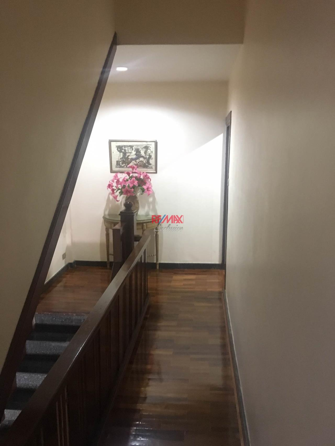 RE/MAX Exclusive Agency's Townhouse In Secured Compound, On Nut Area, 3 Bedrooms, 350 Sqm., For Rent 50,000 THB 10