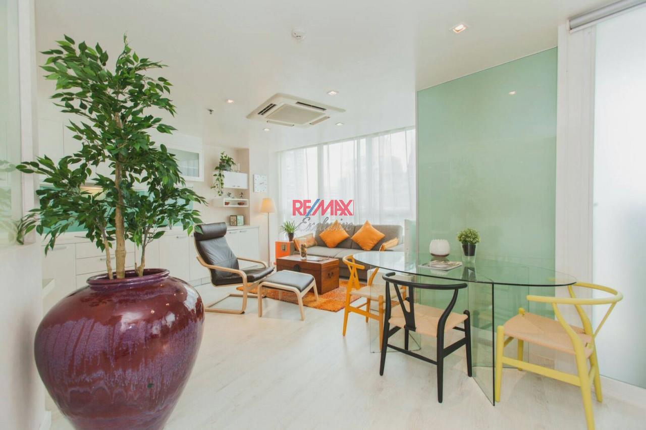 RE/MAX Exclusive Agency's URBANA Langsuan CBD, 1 Bedroom, 1 Bathroom, Only For Rent 55,000 THB 2