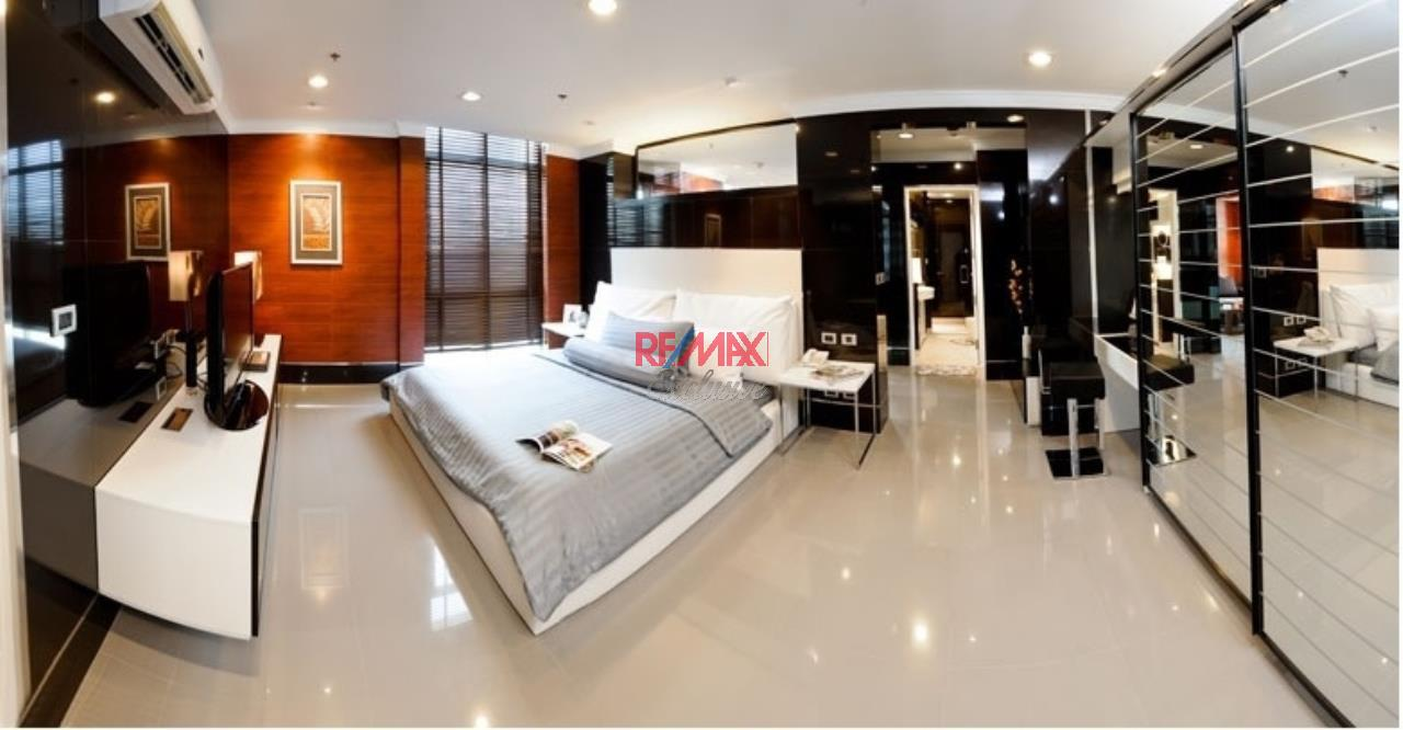 RE/MAX Exclusive Agency's The Master Centrium, 3 Bedrooms, 3 Bathroom, Only For Rent 90,000 THB 4