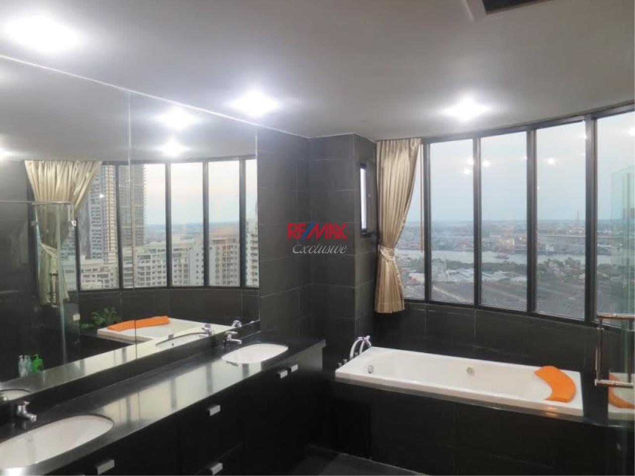 RE/MAX Exclusive Agency's Royal River Place Condo, 3 Bedrooms, 3 Bathrooms, Only For Sale 20,000,000 THB 7