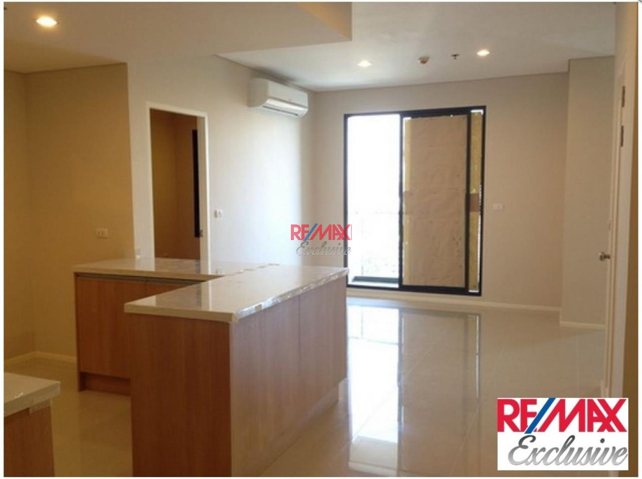 RE/MAX Exclusive Agency's Villa Asoke Penthouse With Scenic View, 5 Bedrooms, 200 Sqm, For Sale 31,300,000 THB 2