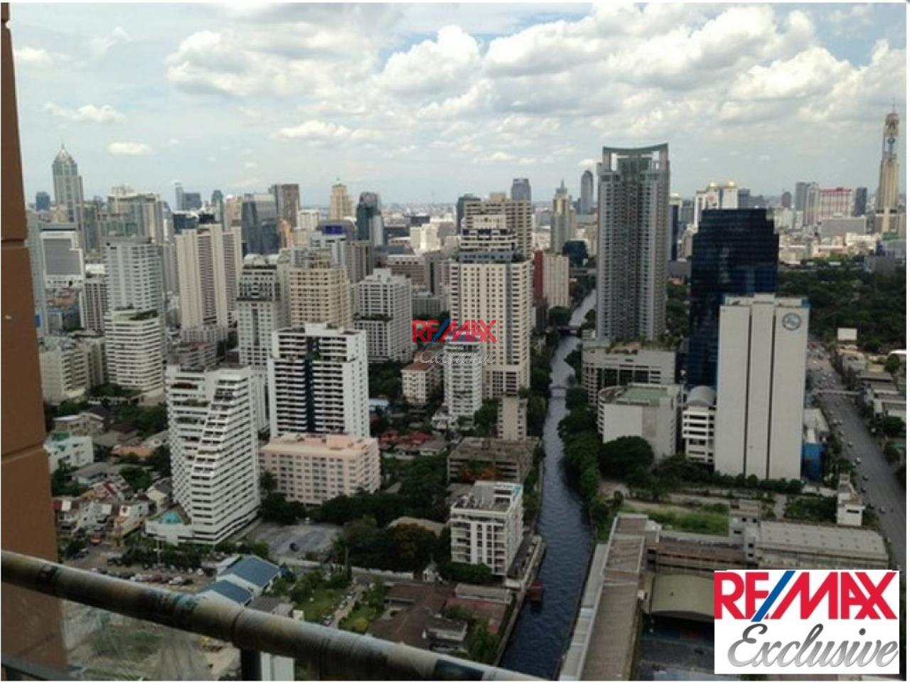 RE/MAX Exclusive Agency's Villa Asoke Penthouse With Scenic View, 5 Bedrooms, 200 Sqm, For Sale 31,300,000 THB 8
