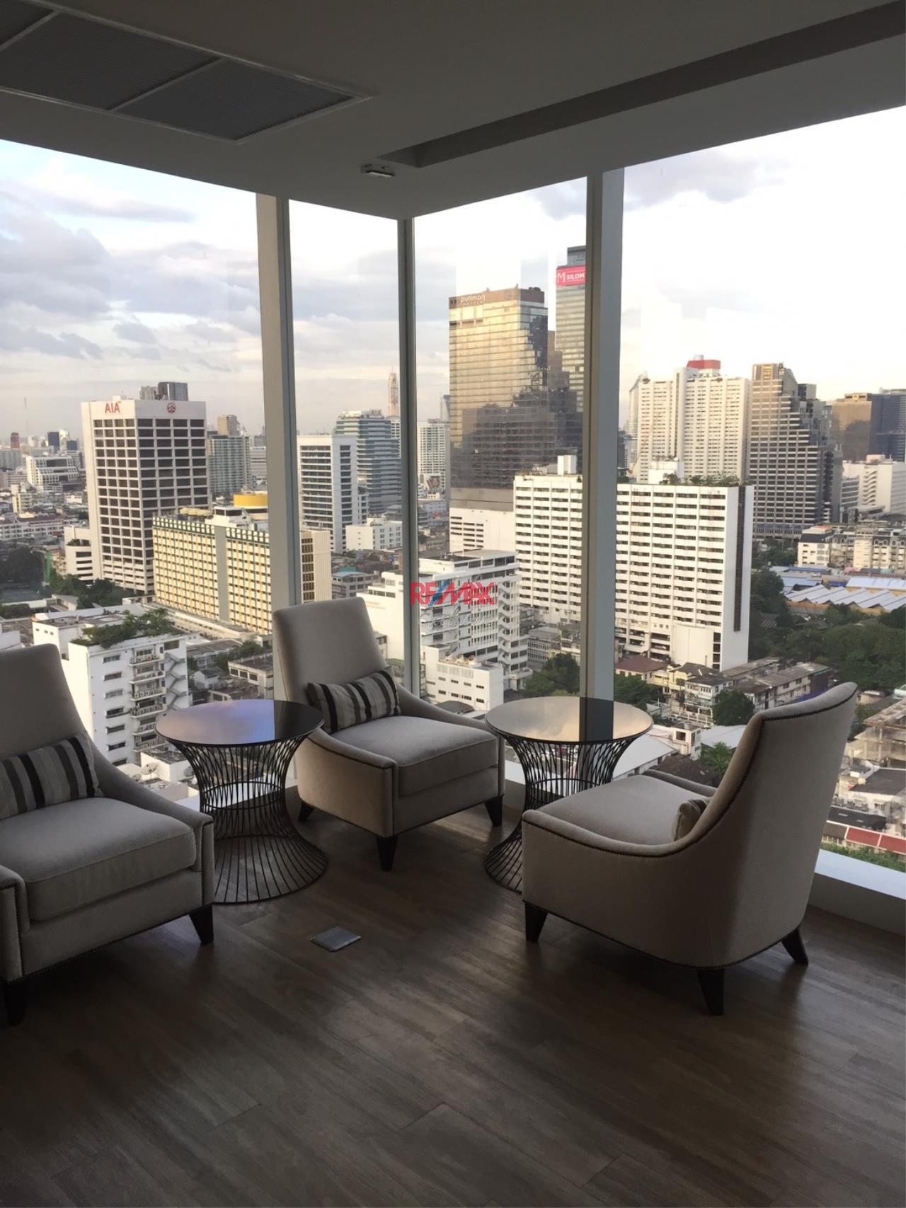 RE/MAX Exclusive Agency's The Room Sathorn Punn 1 Bedroom 50 Sqm., For Sale 9,200,000 THB 1