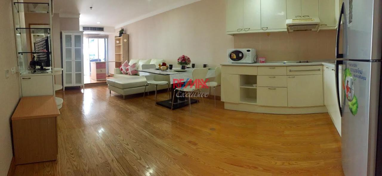 RE/MAX Exclusive Agency's Waterford Diamond, 2 Bedrooms, 1 Bathroom, For Rent 30,000 THB, For Sale 6,500,000 THB 2
