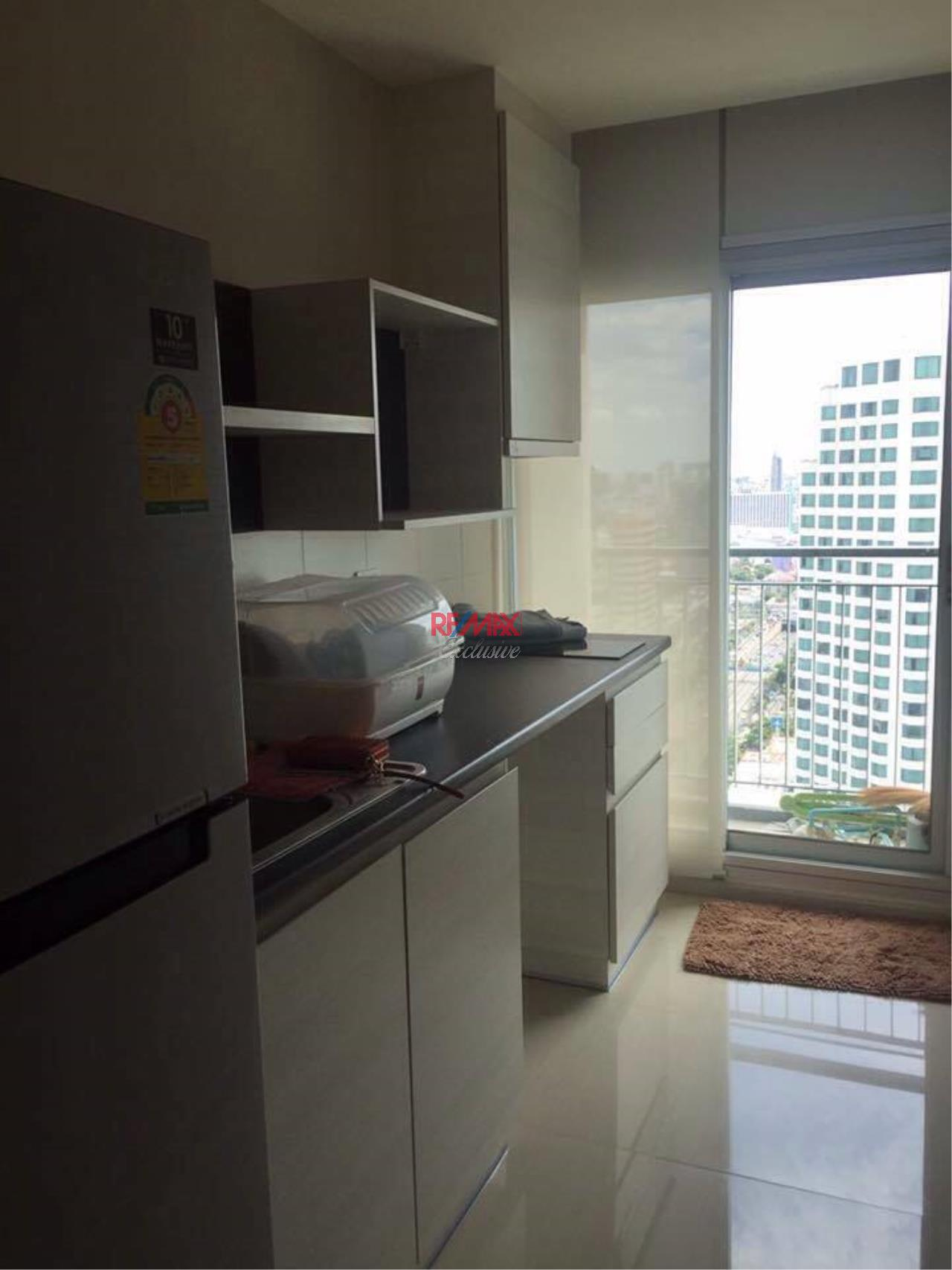 RE/MAX Exclusive Agency's Trendy 1 bedroom for sale @Life Ratchada - Huay Kwang 7