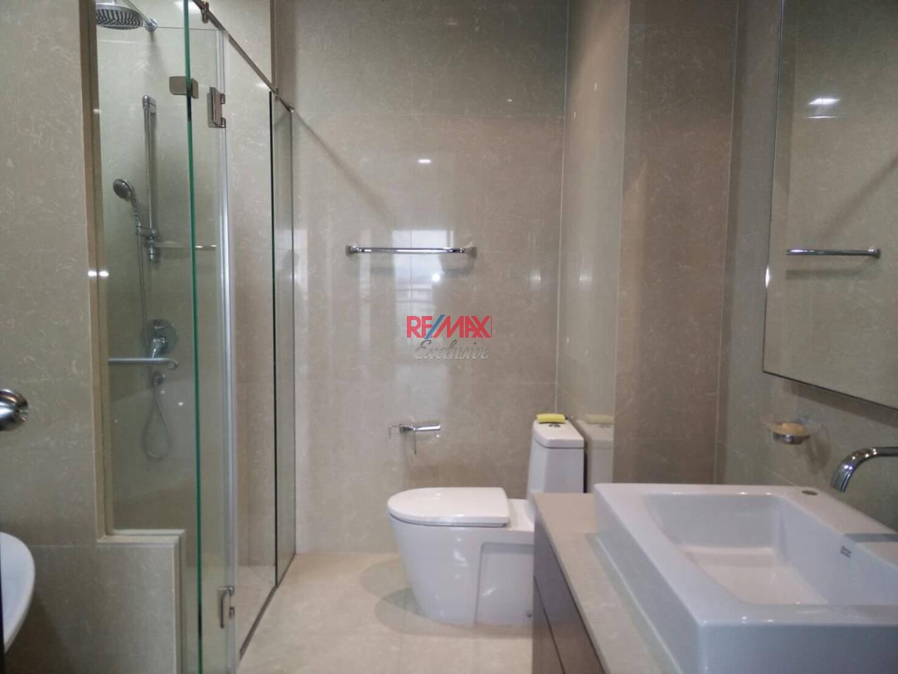 RE/MAX Exclusive Agency's The Madison Condo 2 Bedrooms 139 Sqm., For Sale With Tenant 24,000 000 THB!!  15