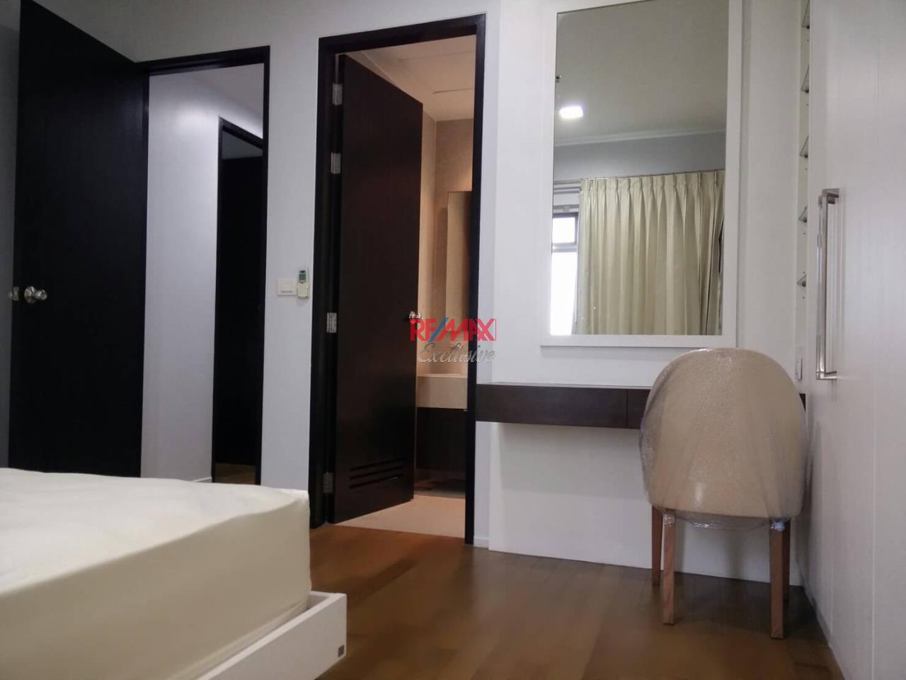 RE/MAX Exclusive Agency's The Madison Condo 2 Bedrooms 139 Sqm., For Sale With Tenant 24,000 000 THB!!  7