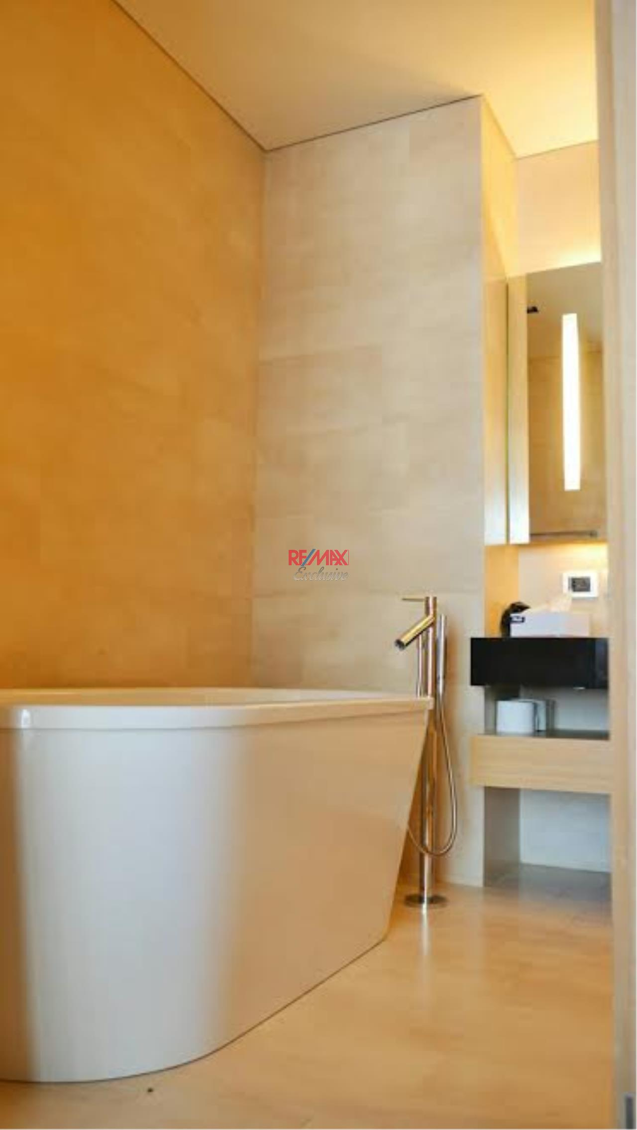 RE/MAX Exclusive Agency's Saladaeng Residence 2 Bedrooms, 2 Bathrooms, For Rent Only 75,000 THB 7