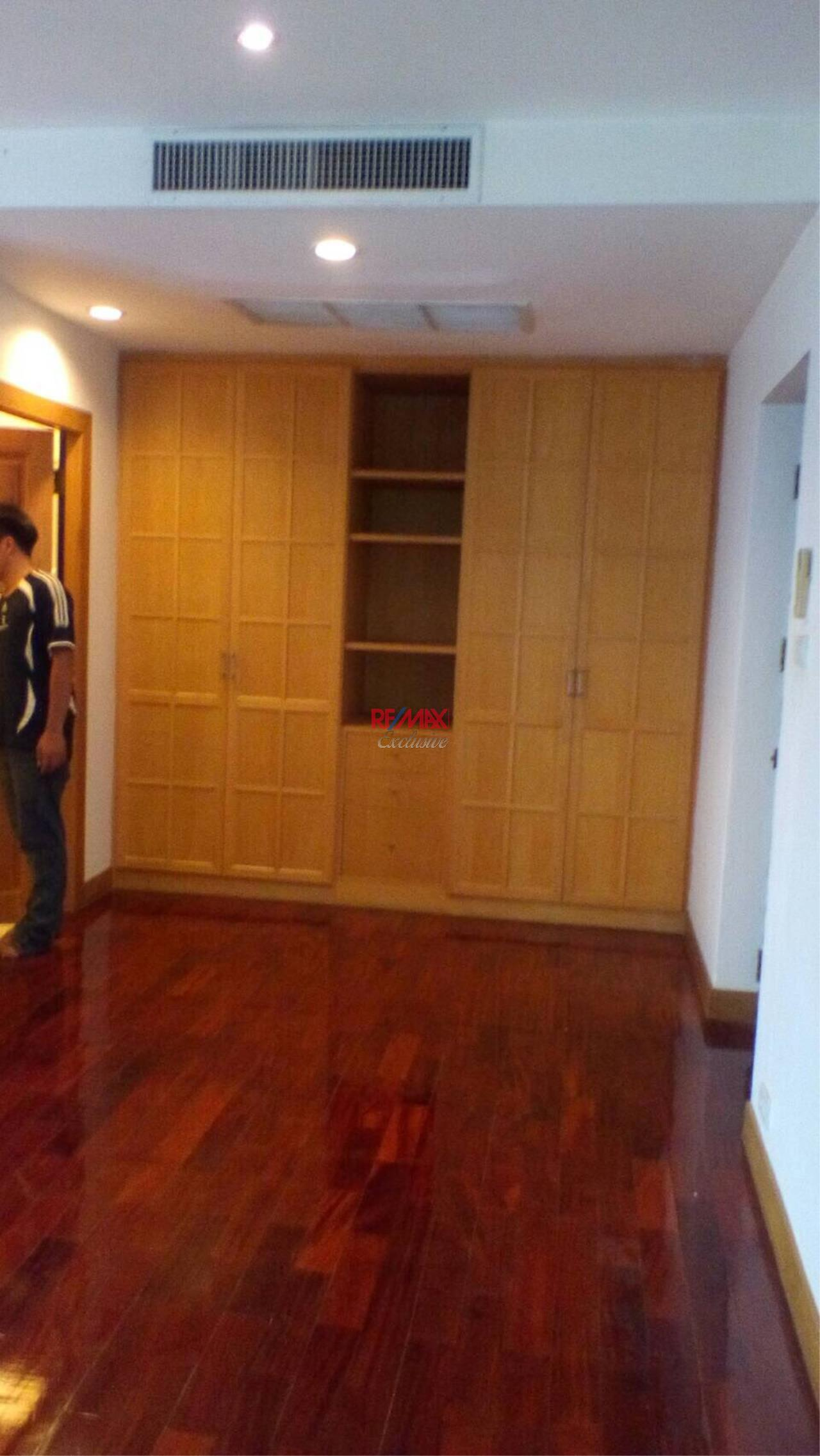RE/MAX Exclusive Agency's Detached House 4 Bedrooms 200 Sq wah with Private Pool, For Rent 150,000 THB!! 18