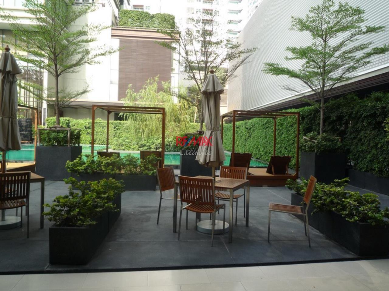RE/MAX Exclusive Agency's Emporio Place 1 Bed Duplex 73 Sqm., For Rent 55,000 THB!!! 14