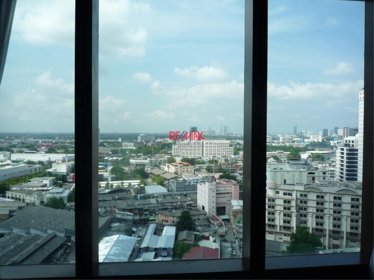 RE/MAX Exclusive Agency's Emporio Place 1 Bed Duplex 73 Sqm., For Rent 55,000 THB!!! 15