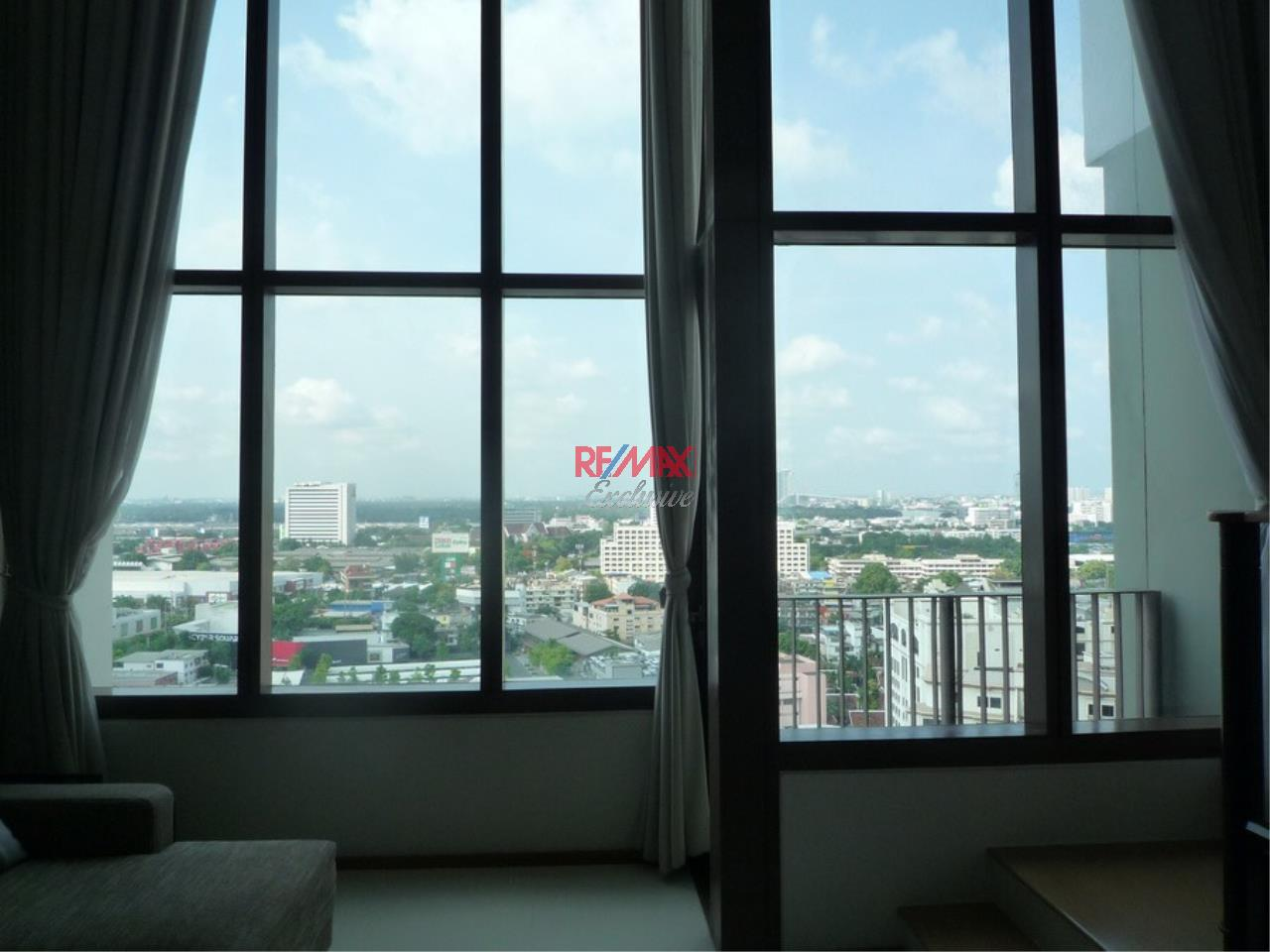 RE/MAX Exclusive Agency's Emporio Place 1 Bed Duplex 73 Sqm., For Rent 55,000 THB!!! 13