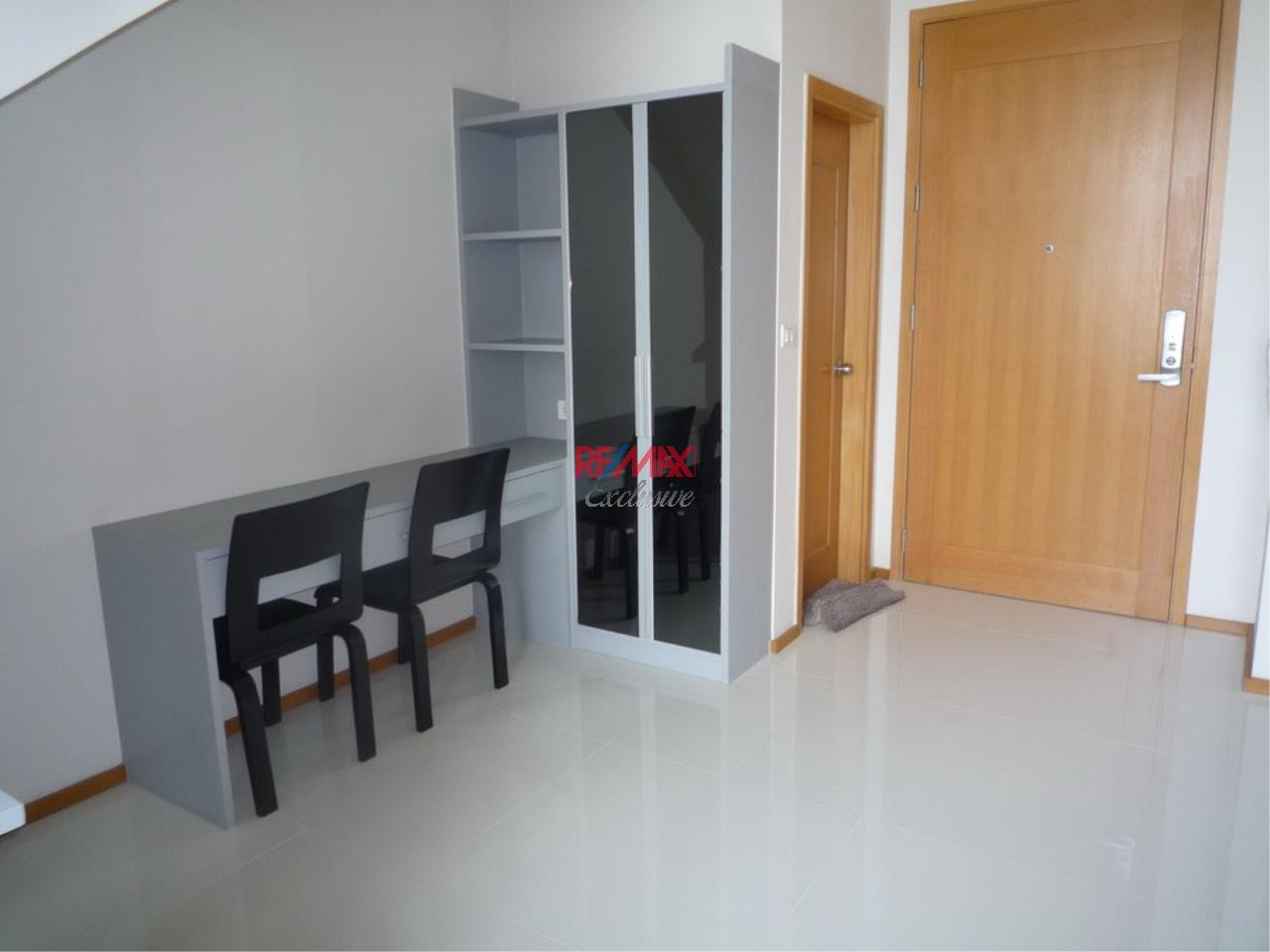 RE/MAX Exclusive Agency's Emporio Place 1 Bed Duplex 73 Sqm., For Rent 55,000 THB!!! 6
