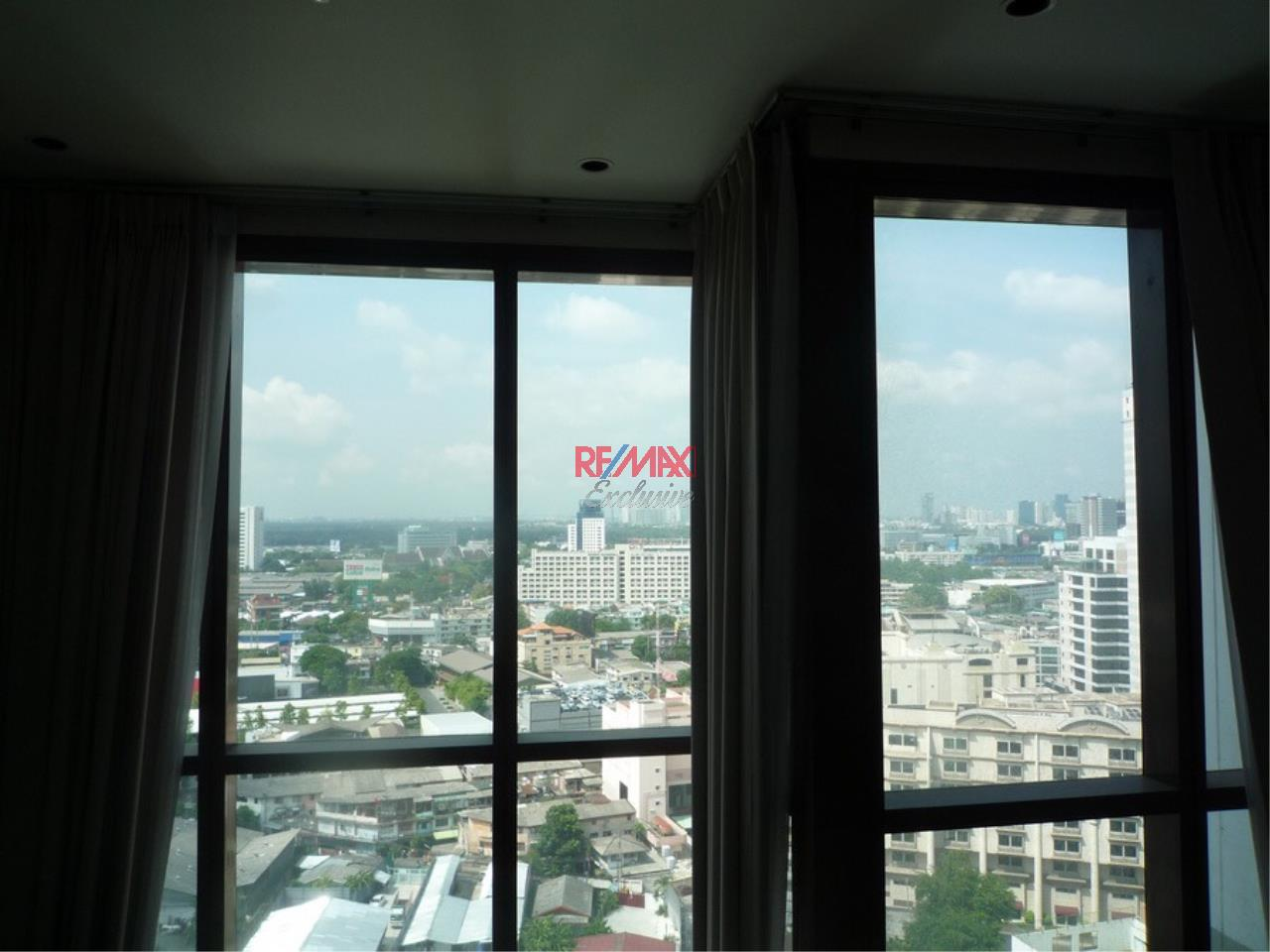 RE/MAX Exclusive Agency's Emporio Place 1 Bed Duplex 73 Sqm., For Rent 55,000 THB!!! 11