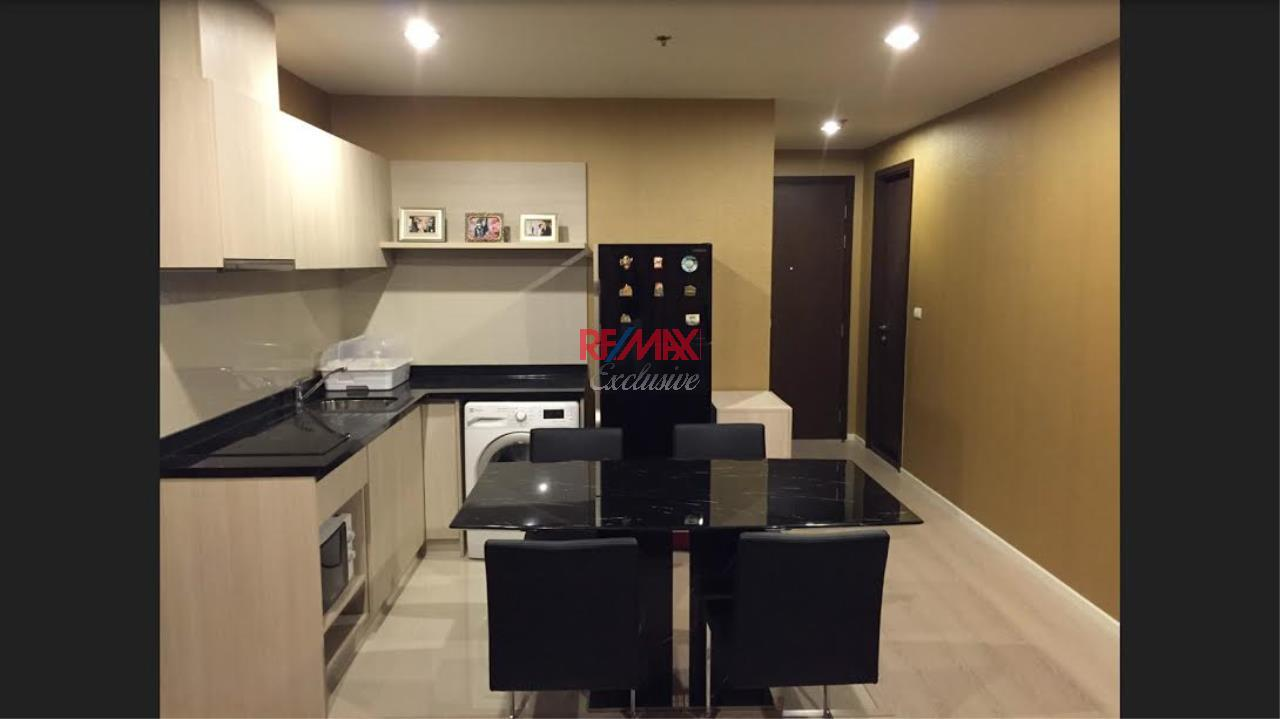 RE/MAX Exclusive Agency's 2 Bedrooms available For Rent 40,000 THB 4