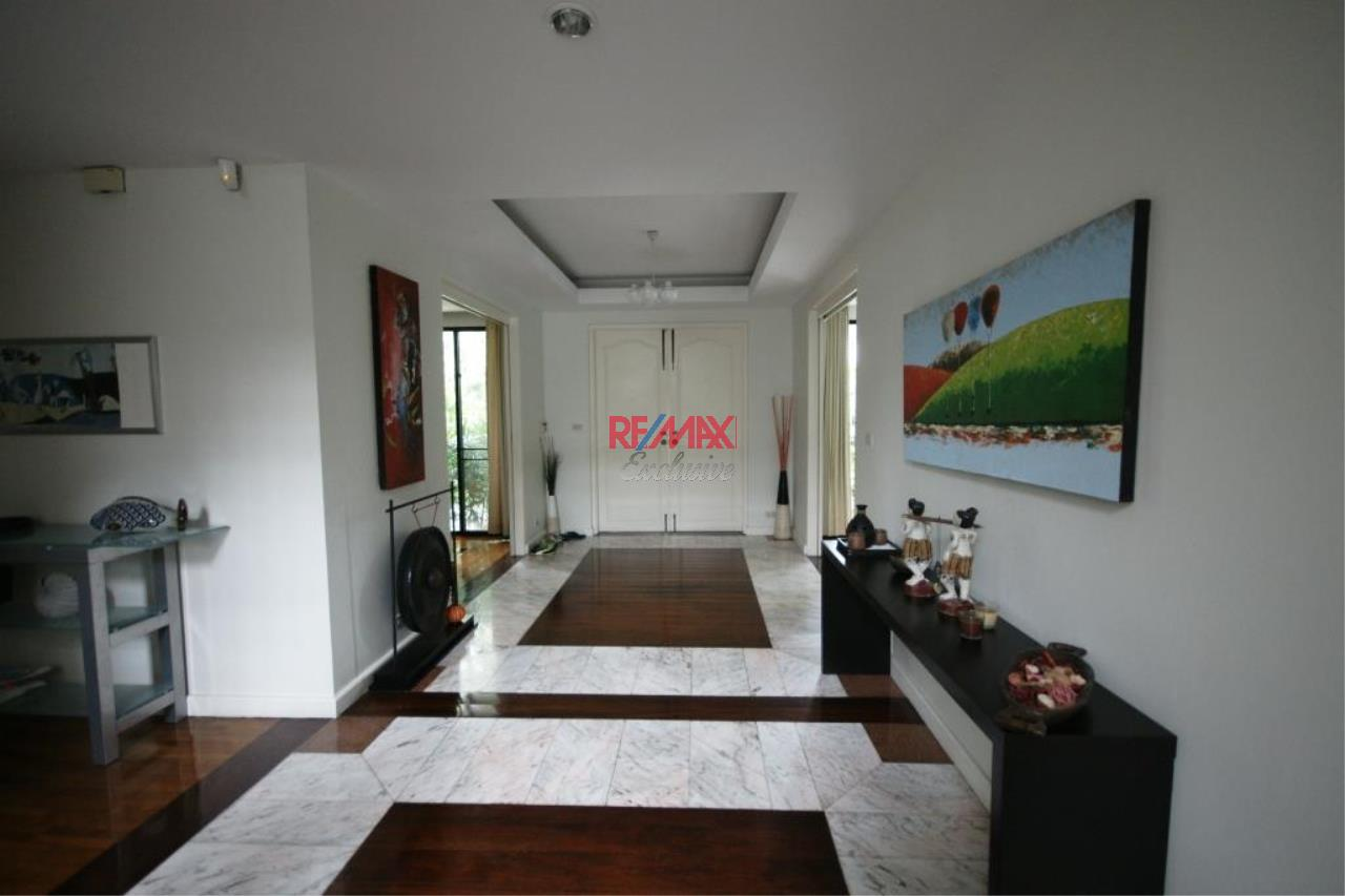 RE/MAX Exclusive Agency's Detached House 4 Bedrooms 400 Sqm., With Private Pool For Rent 200,000 THB!! 2