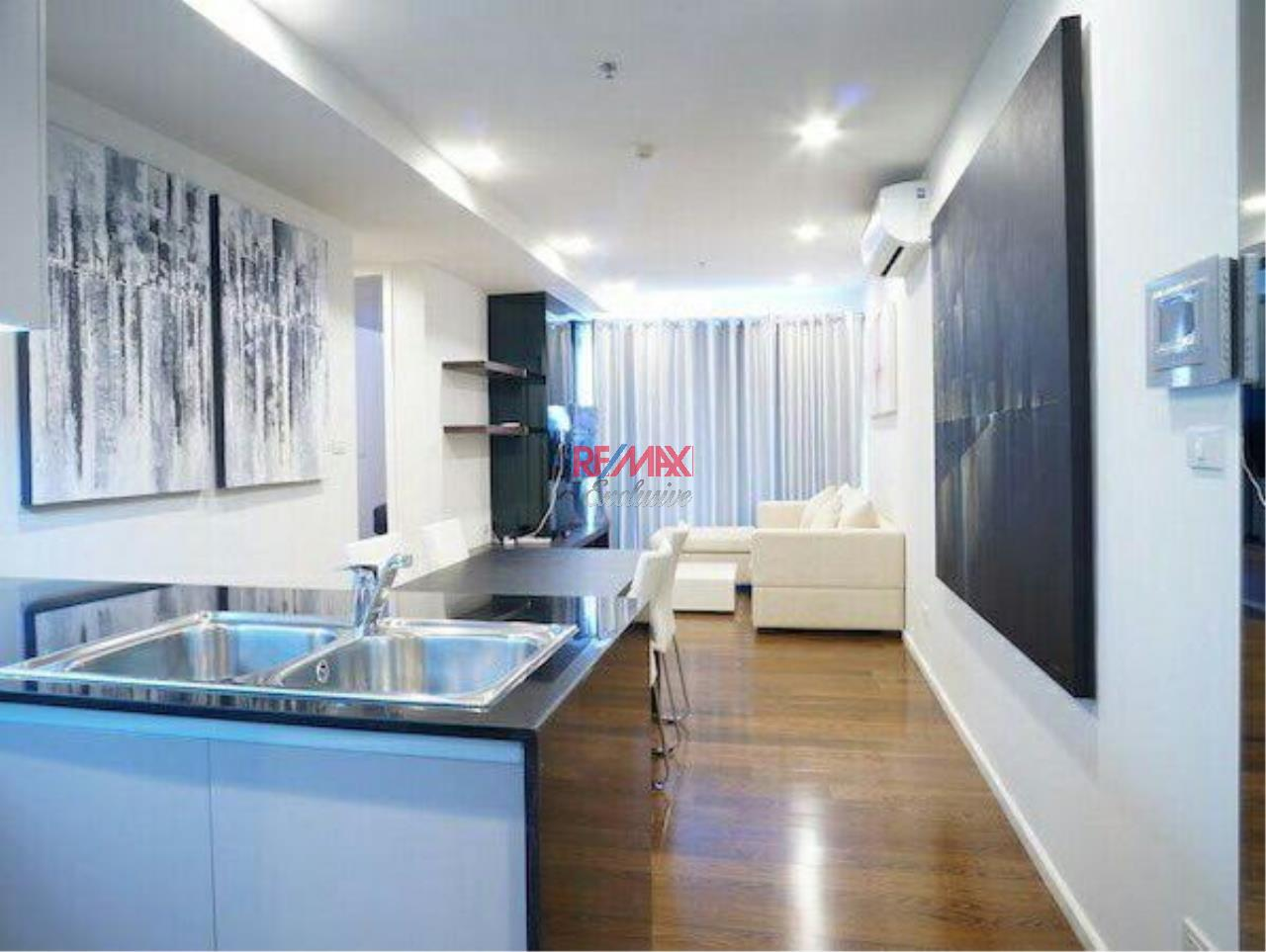 RE/MAX Exclusive Agency's Amazing 2 Bedrooms in the center For Rent 50,000 THB 10