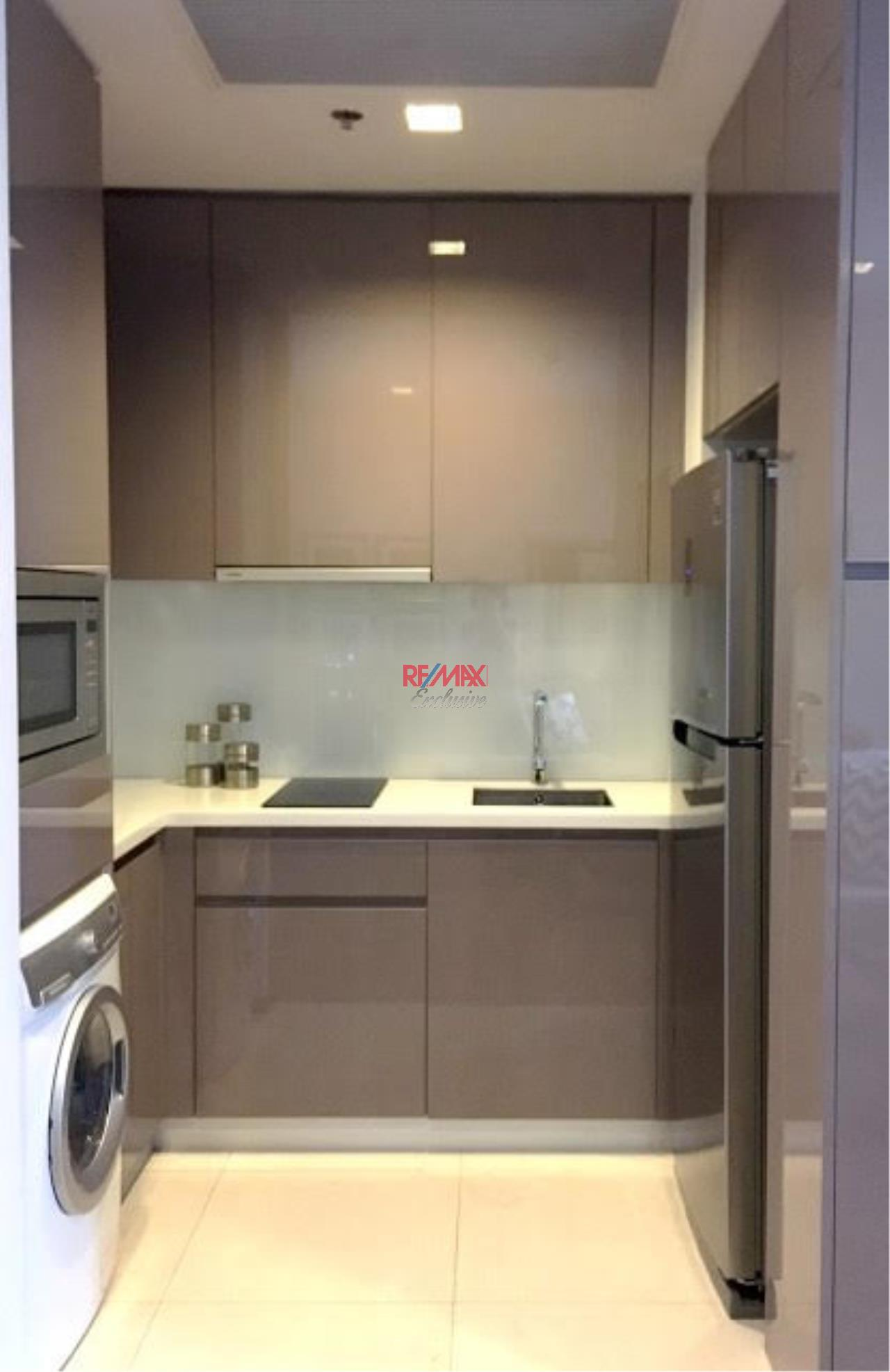 RE/MAX Exclusive Agency's Condominium in town For Rent 40,000 THB  4
