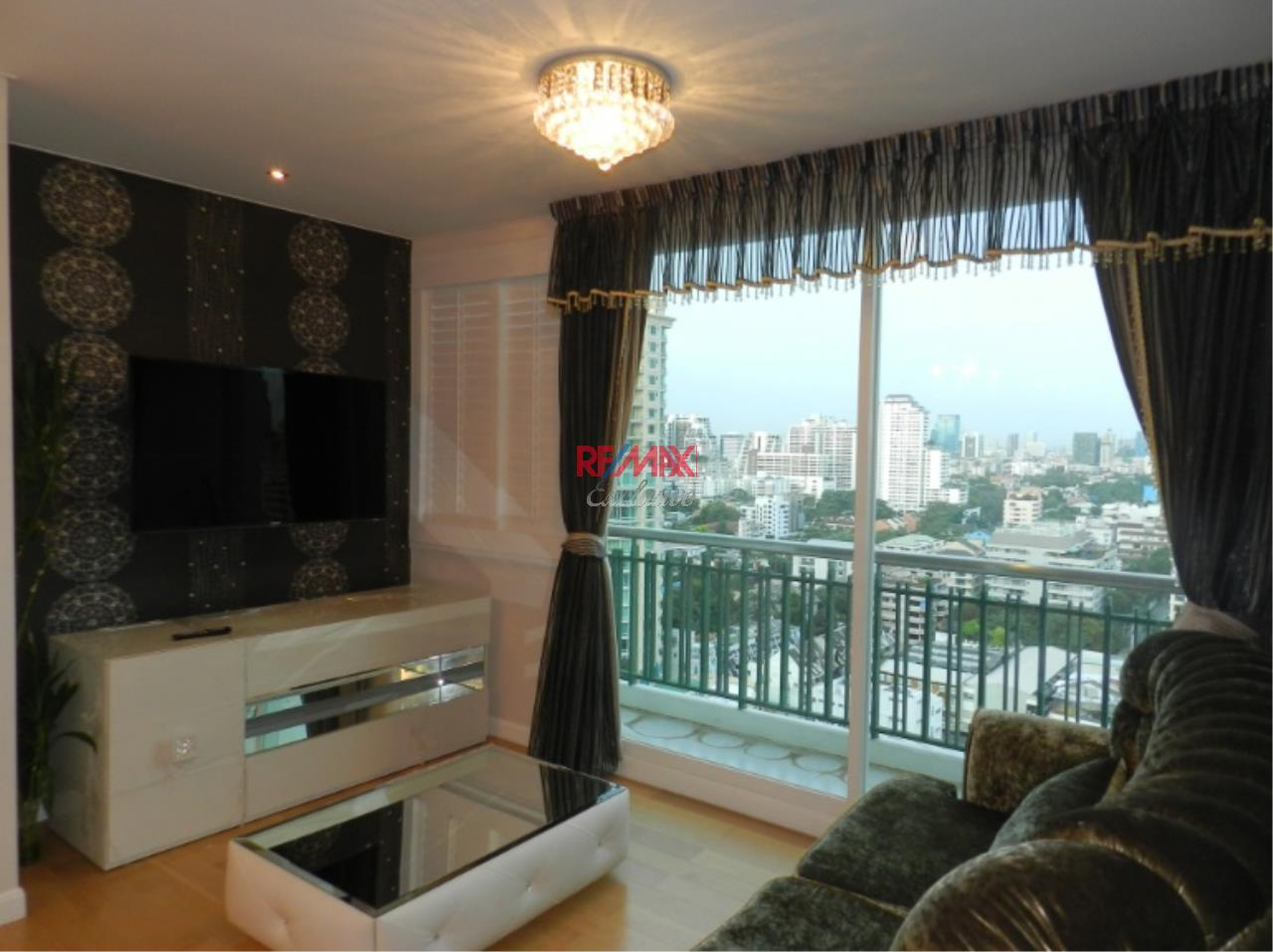 RE/MAX Exclusive Agency's The Wind Sukhumvit 23 3 Bedrooms With Magnificent View of Downtown Bangkok, For Rent and Sale!! 1