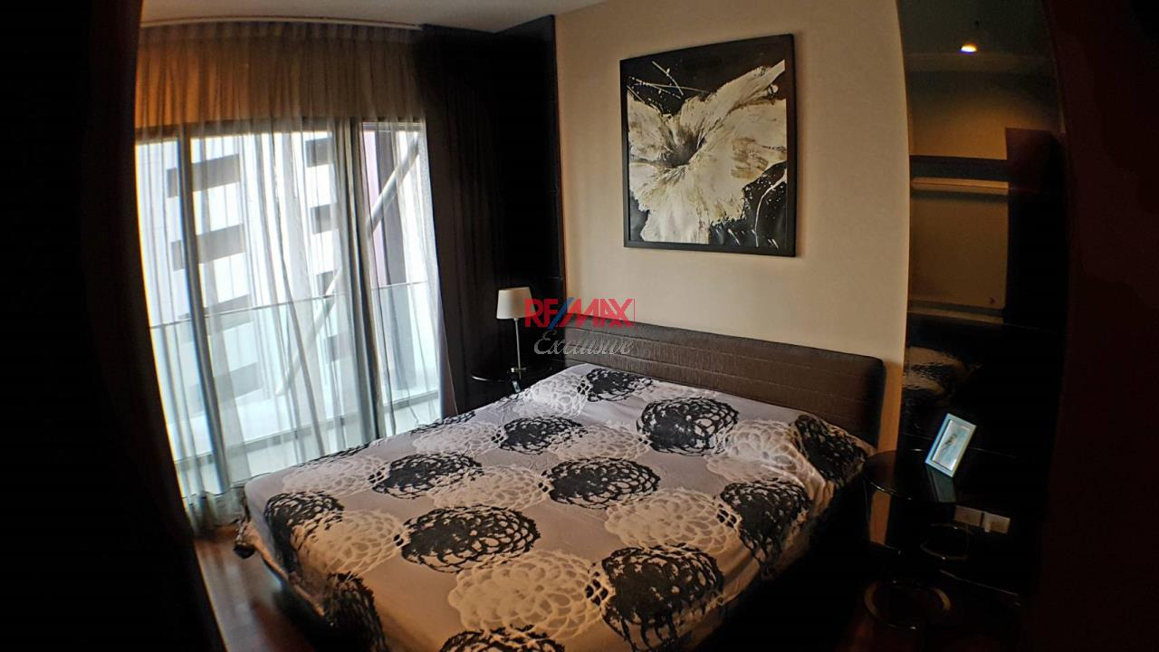 RE/MAX Exclusive Agency's Noble Remix  2 Bedrooms 50 Sqm., For Sale 12,000,000 THB 10