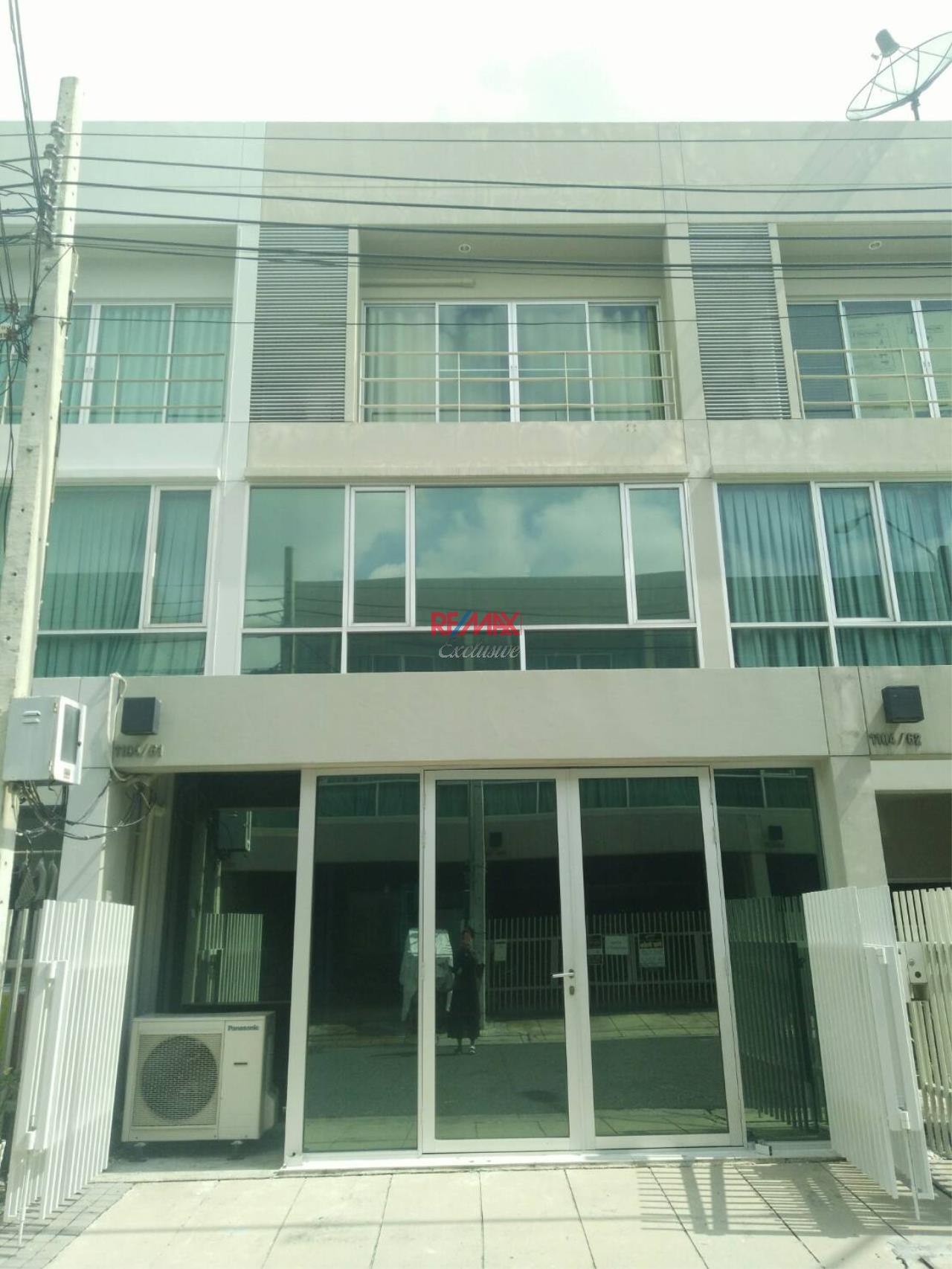 RE/MAX Exclusive Agency's Noble Cube Pattanakarn, Townhome 3 Storey For Rent And Sale!! 12