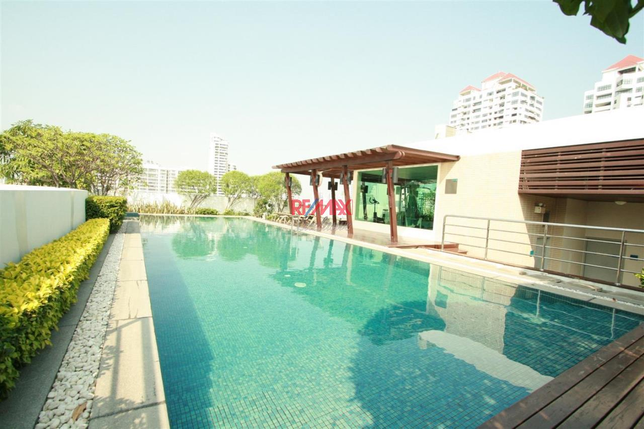 RE/MAX Exclusive Agency's 49 Plus 2 Condo 2 Bedrooms 81 Sqm For Sale 8,800,000 THB 12
