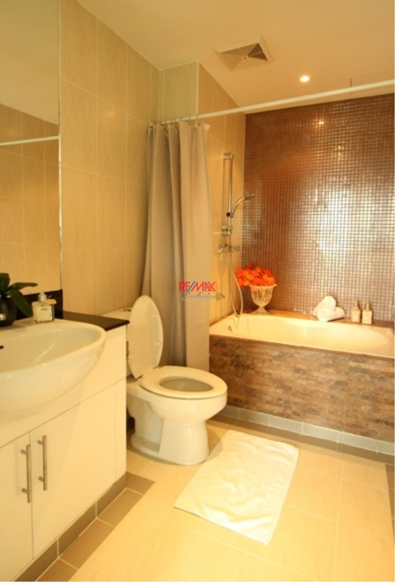 RE/MAX Exclusive Agency's 49 Plus 2 Condo 2 Bedrooms 81 Sqm For Sale 8,800,000 THB 8