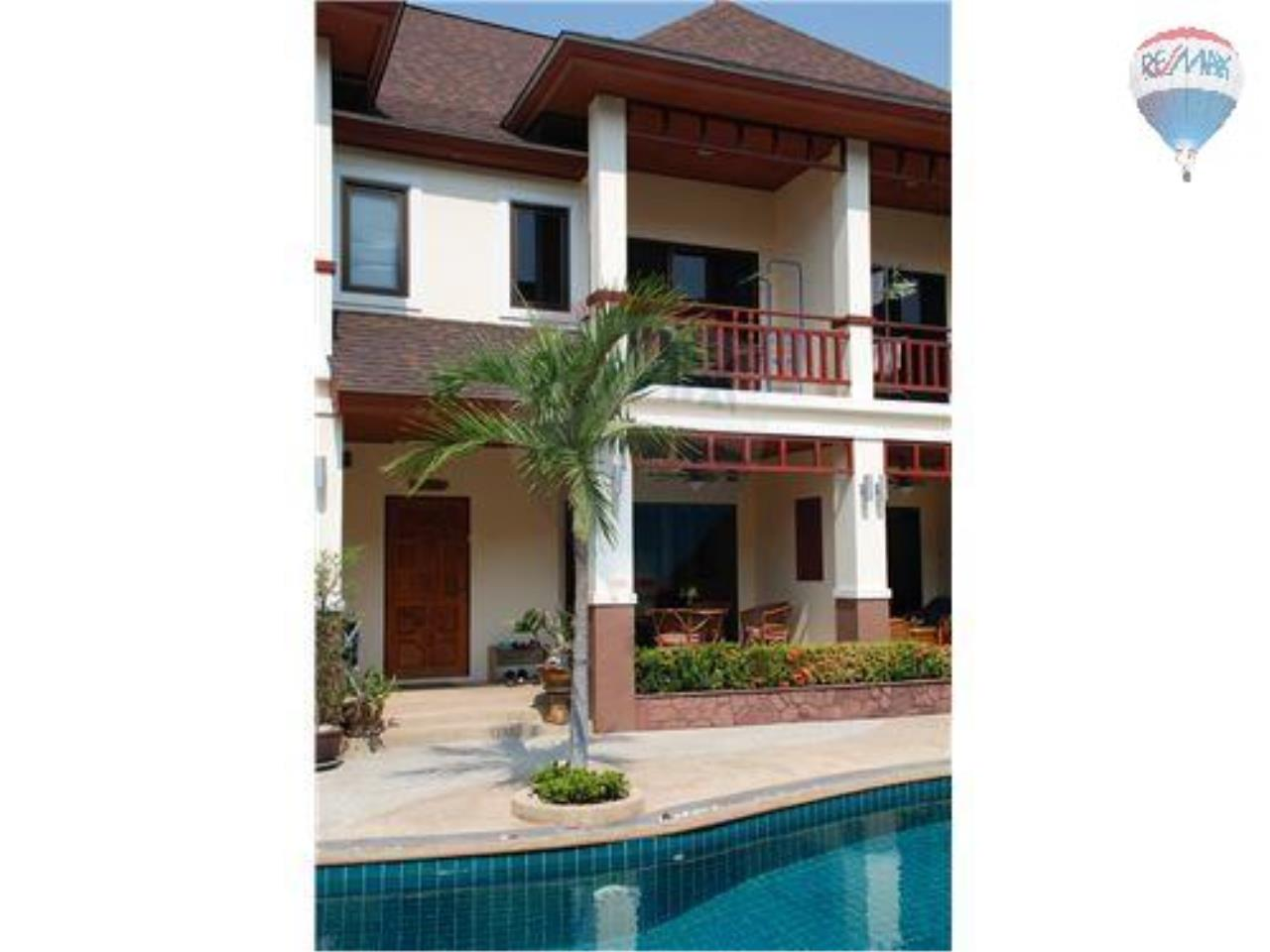RE/MAX Beach Town Agency's Townhouse in Thai Paradise South, Cha-Am 3