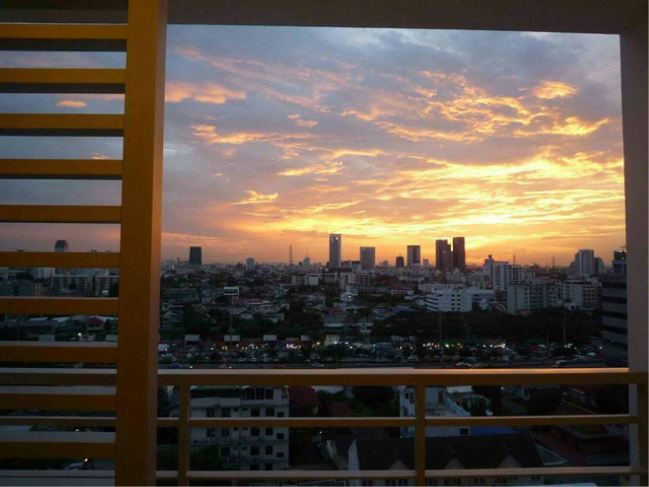 You Estate Agency's sale 2 bed 58 sq.m The Room Ratchada Ladprao MRT Ladprao 5