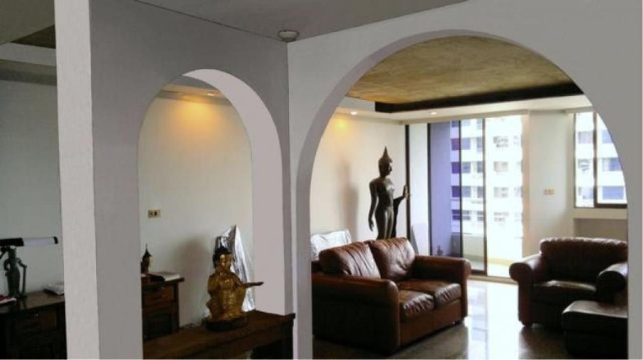 You Estate Agency's sale 120 sq.m 2 bed Supalai Place sukhumvit 39  6