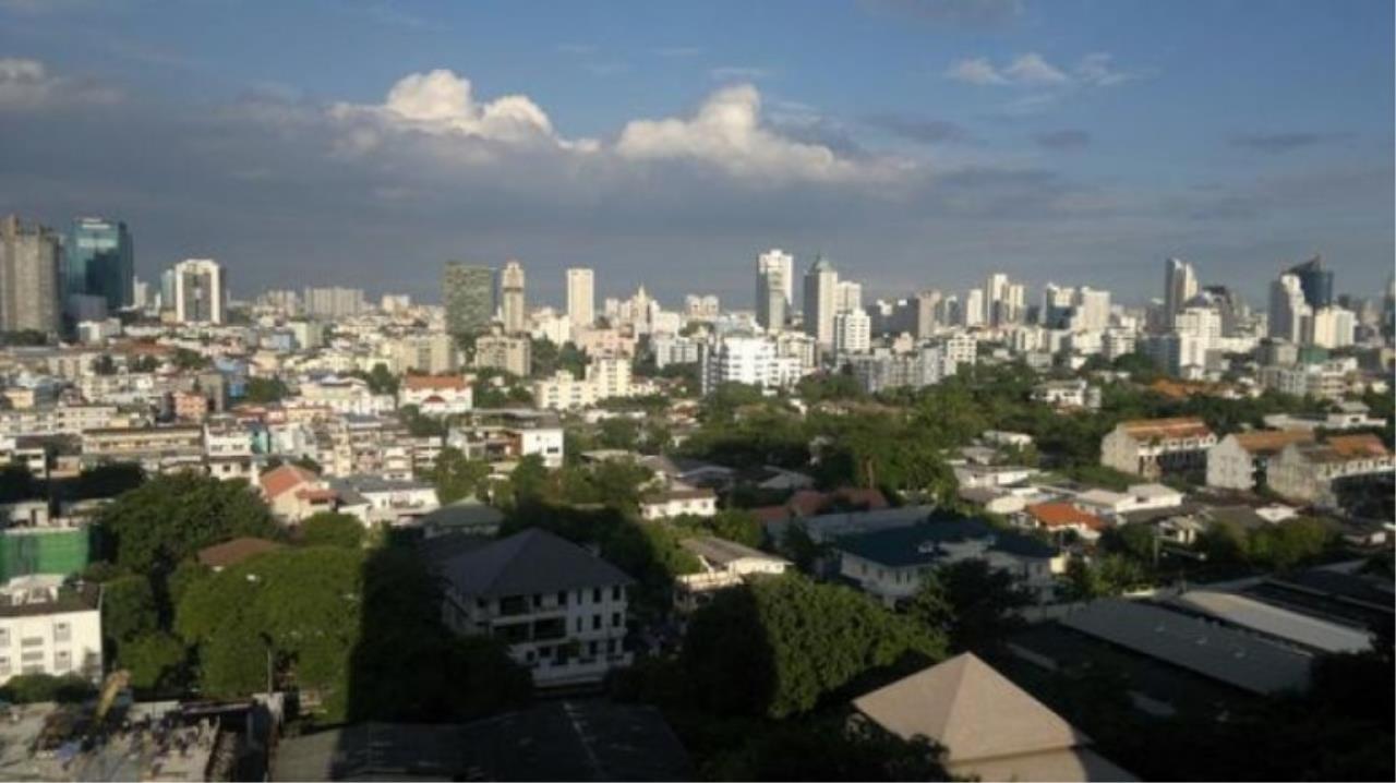 You Estate Agency's sale 120 sq.m 2 bed Supalai Place sukhumvit 39  4