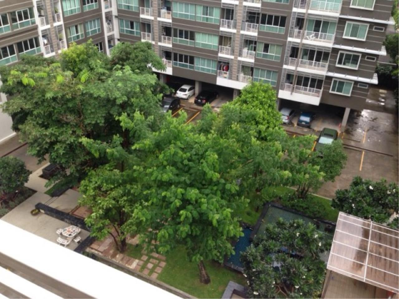 You Estate Agency's sale 68 sq.m 2 bed Bridge pholyothin 37 8