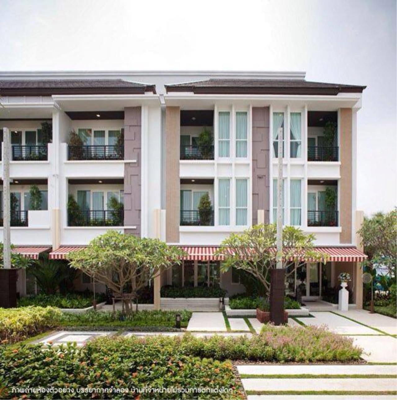 You Estate Agency's sale 20 sq.w 3bed BAAN KLANG MUANG SATHORN TAKSIN 2 1