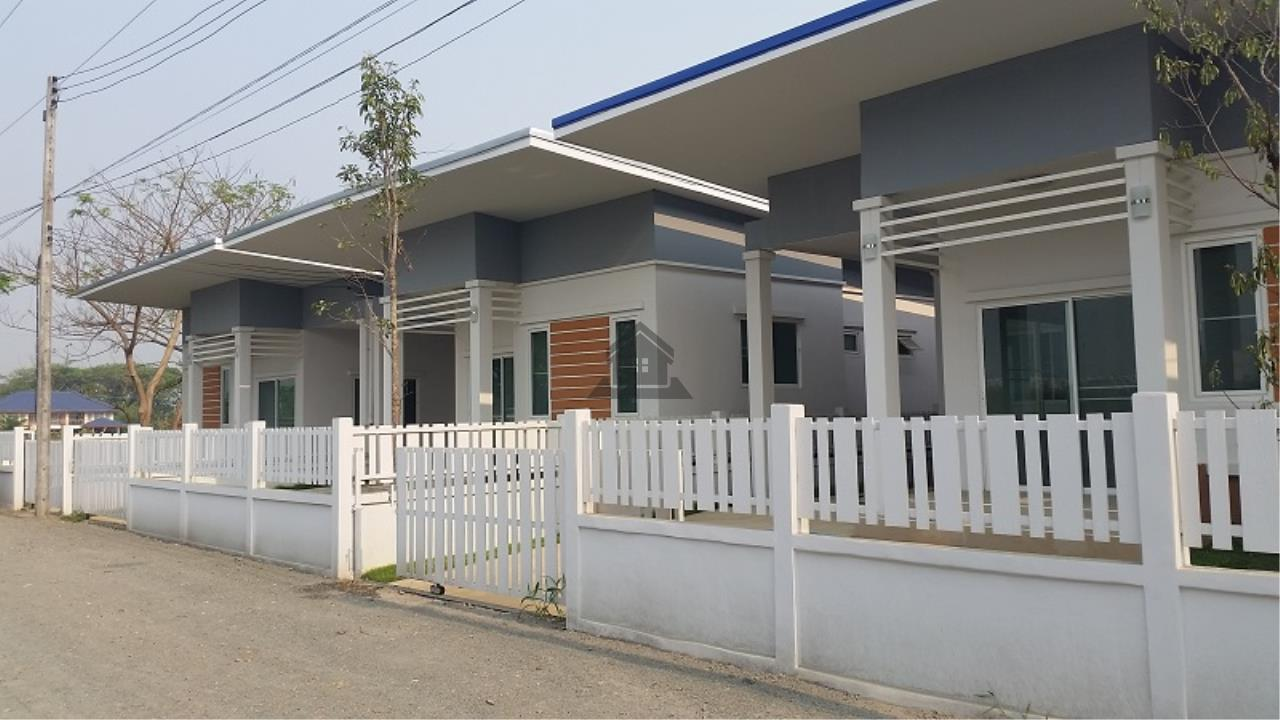 NTF at Home Agency's Single house, 3 bedrooms, 2 bathrooms at Nong fag 1