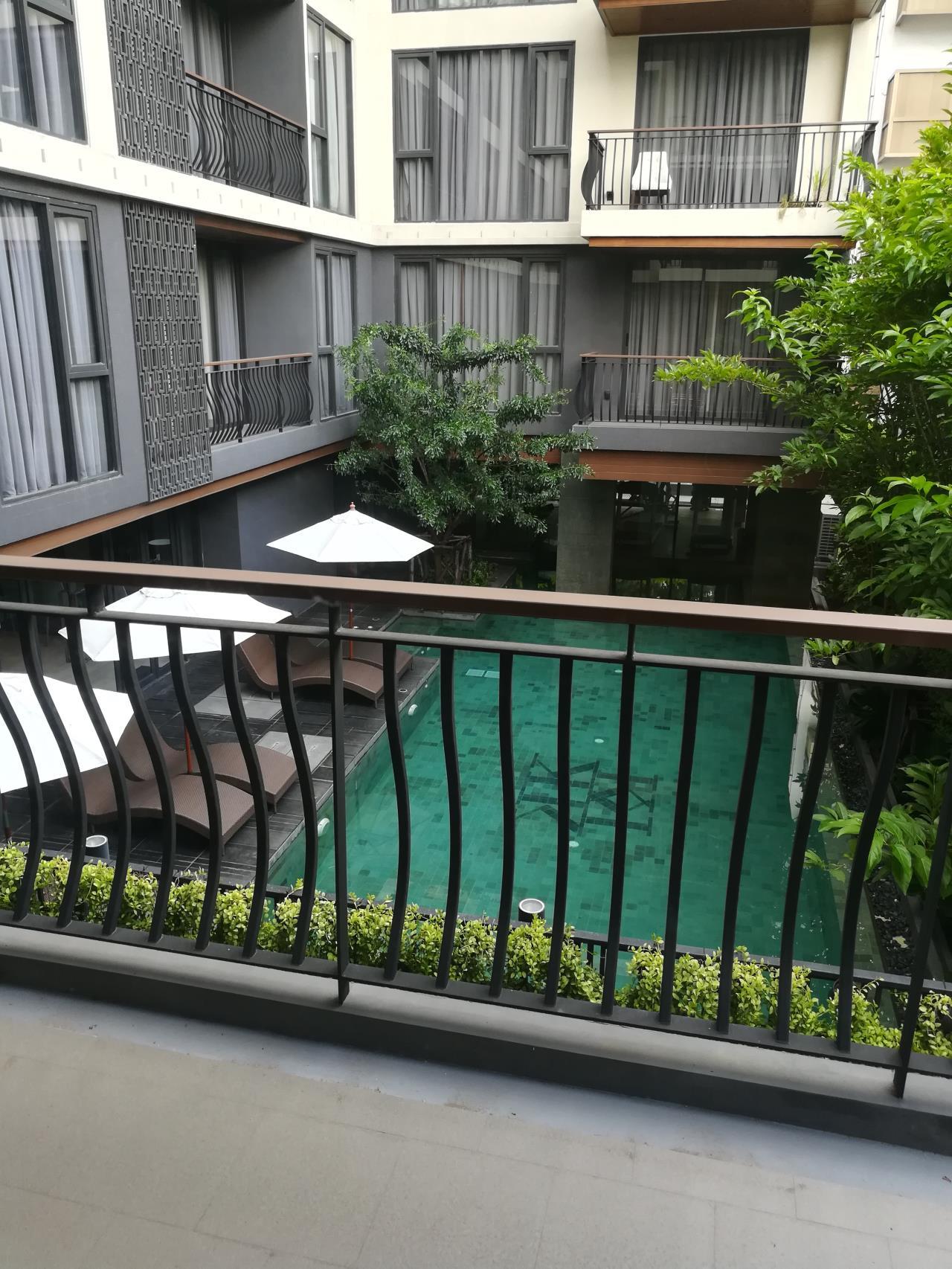 Professional One Service Agency's 2 bedroom condo for rent in Klass Langsuan 1