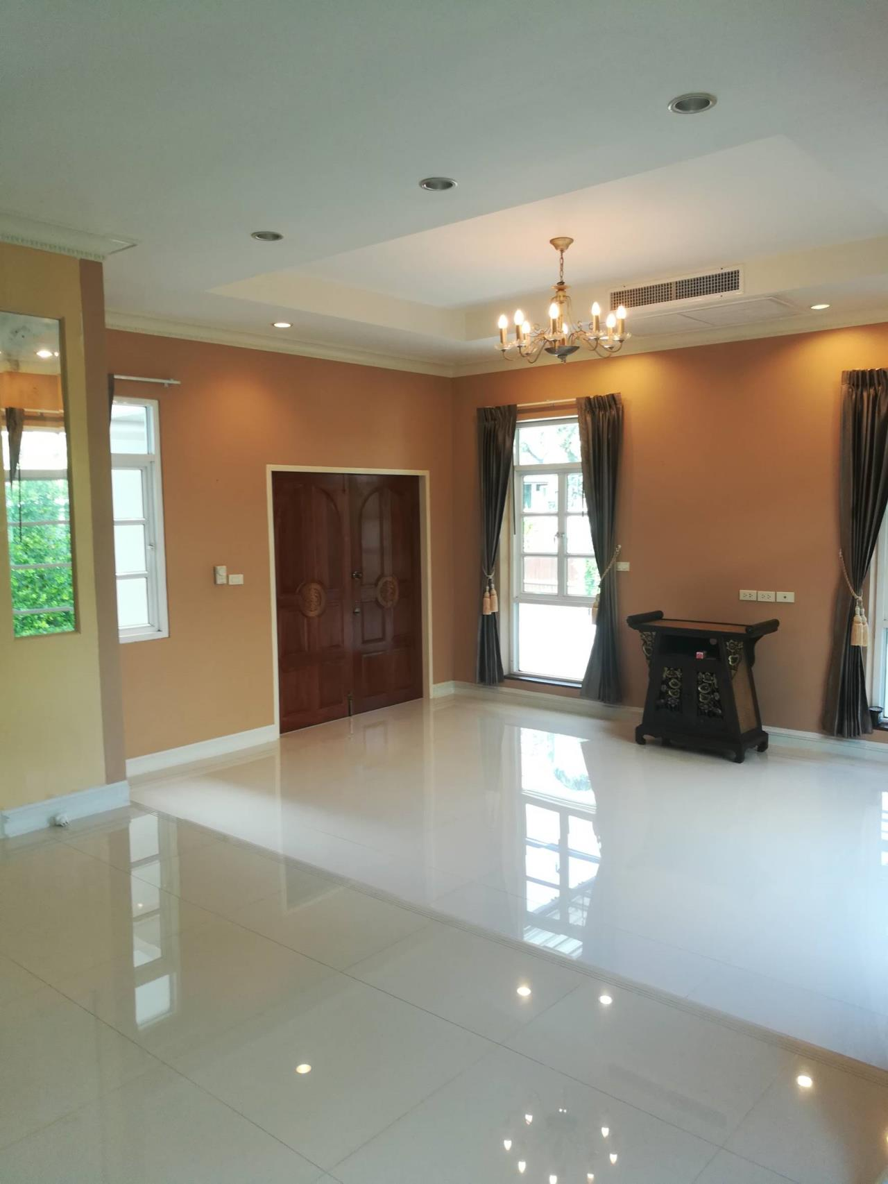 Professional One Service Agency's Detached house 4 bedroom near ISB school 5