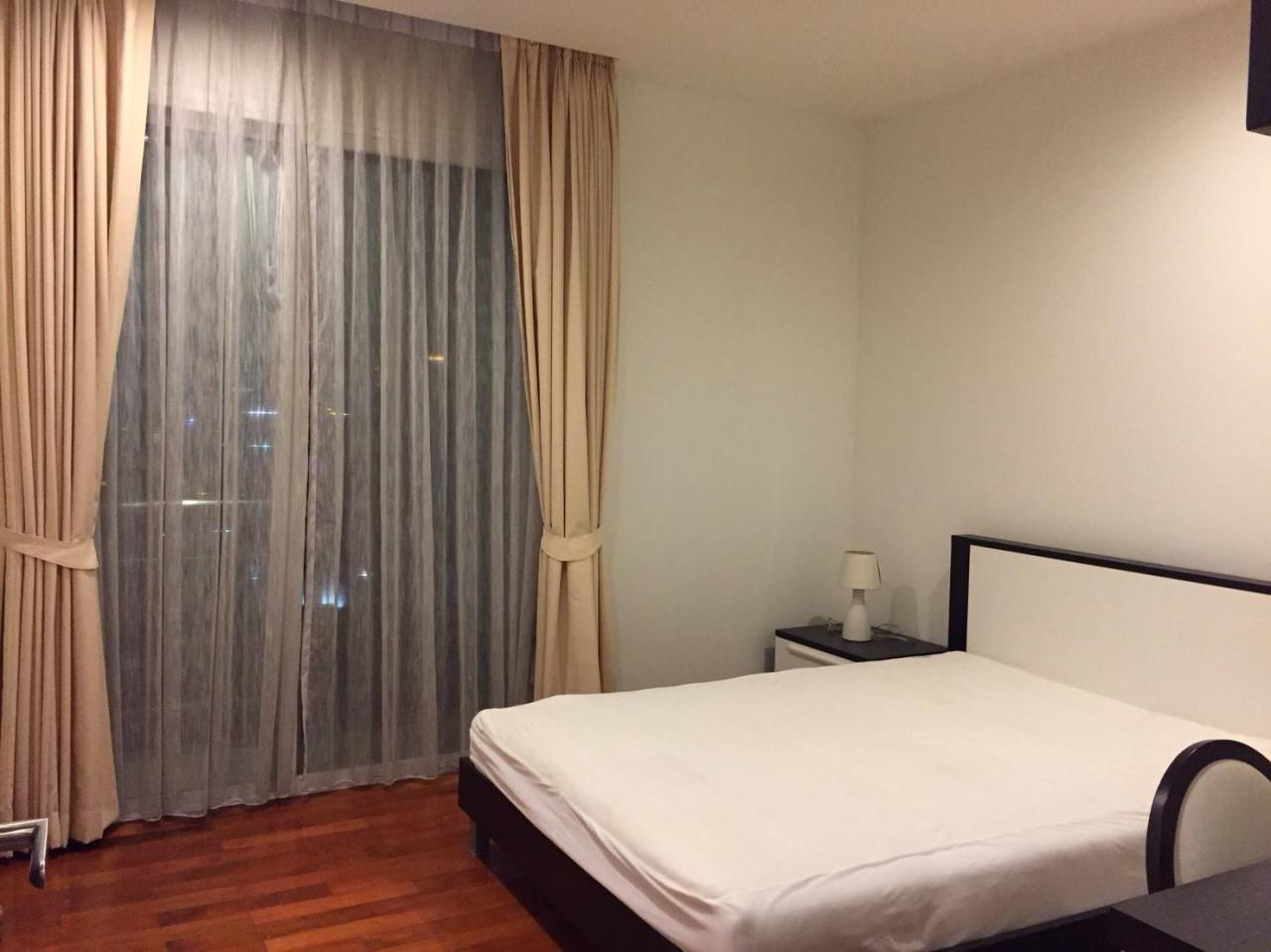 Professional One Service Agency's 2 bedroom condo Sukhumvit 11 5