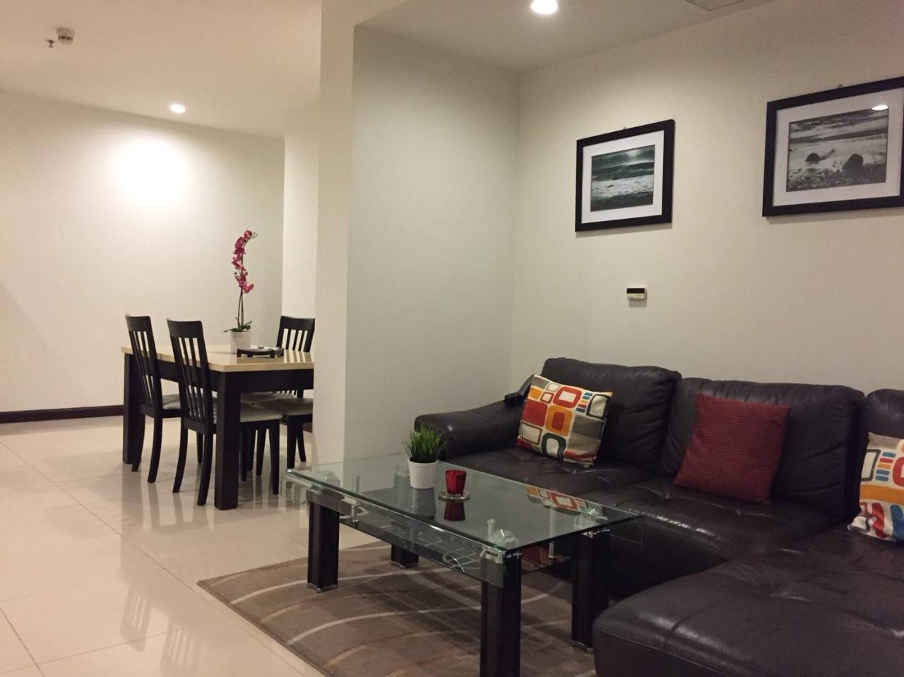Professional One Service Agency's 2 bedroom condo Sukhumvit 11 1
