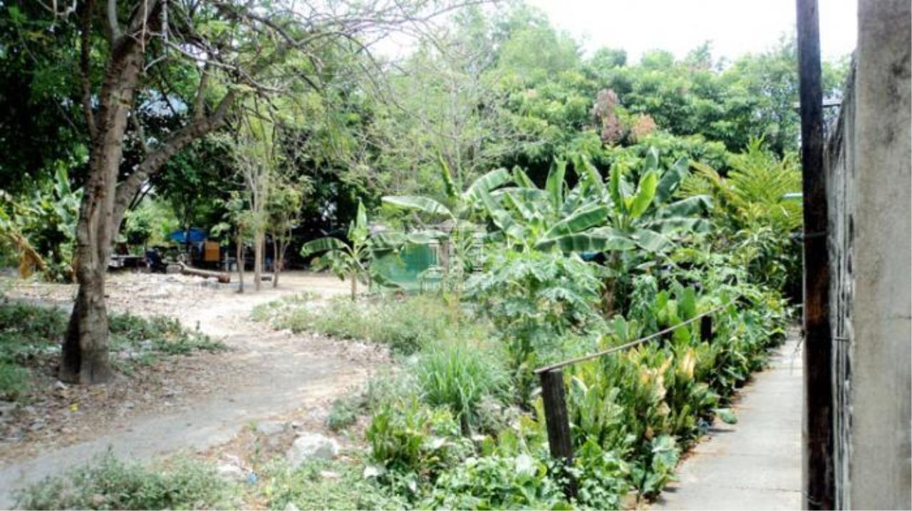Forbest Properties Agency's 33344 - Land for Sale Charoennakorn Road. 3 rai 219 sq.w.  3