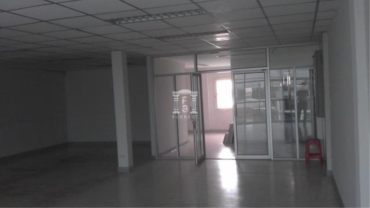 Forbest Properties Agency's 32182 -  Office on Ramkhamhaeng Rd., 90 sq.wa. 3