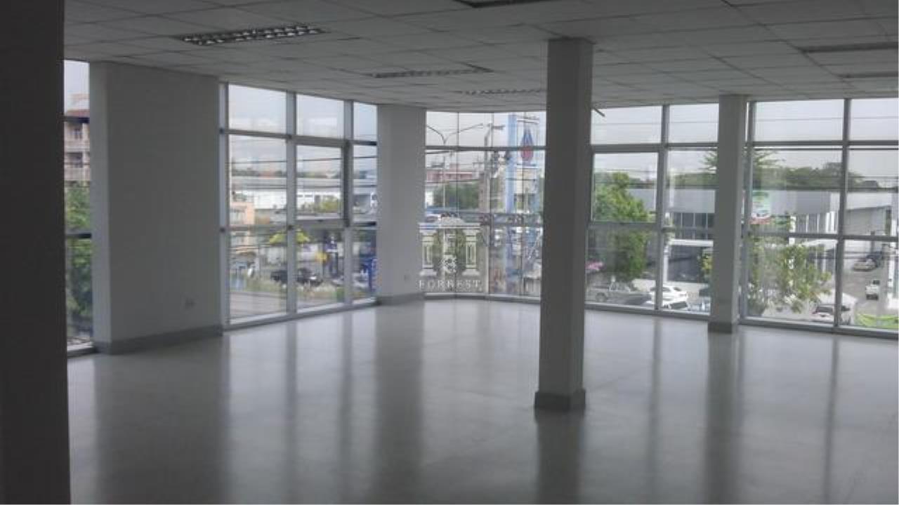 Forbest Properties Agency's 32182 -  Office on Ramkhamhaeng Rd., 90 sq.wa. 5
