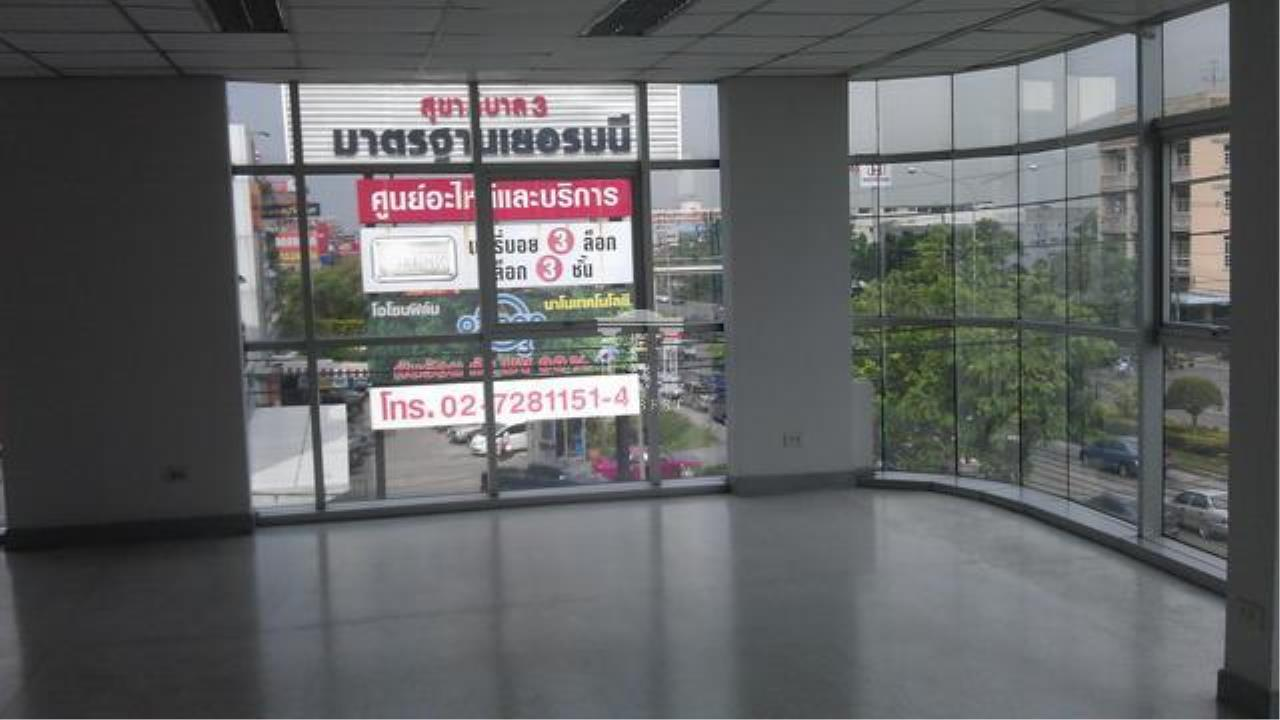 Forbest Properties Agency's 32182 -  Office on Ramkhamhaeng Rd., 90 sq.wa. 6