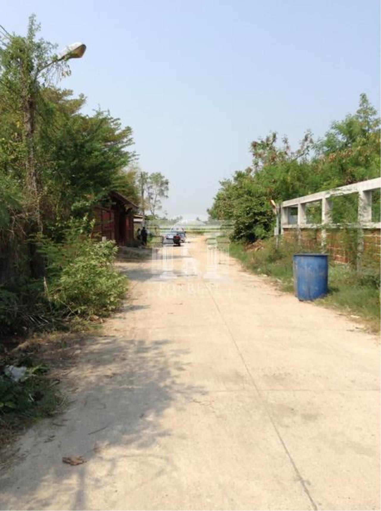 Forbest Properties Agency's 37164-Land For Sale, in Ban Pho district, Chachoengsao province, 4 rai 340 sq.wa. 3