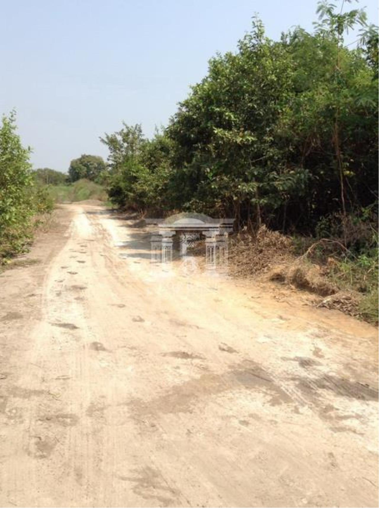 Forbest Properties Agency's 37164-Land For Sale, in Ban Pho district, Chachoengsao province, 4 rai 340 sq.wa. 4