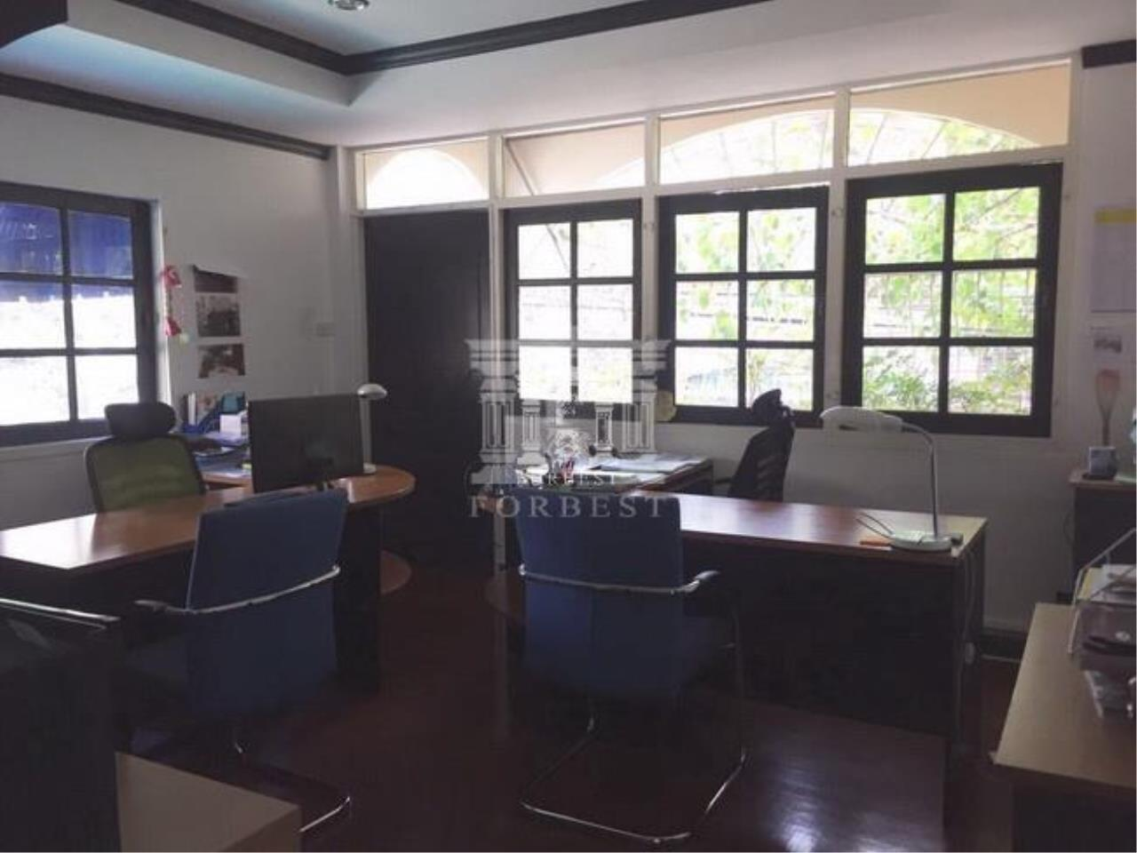Forbest Properties Agency's 37404 - Single House for rent Sukhumvit 39 Rd. 104 sq.w. 5