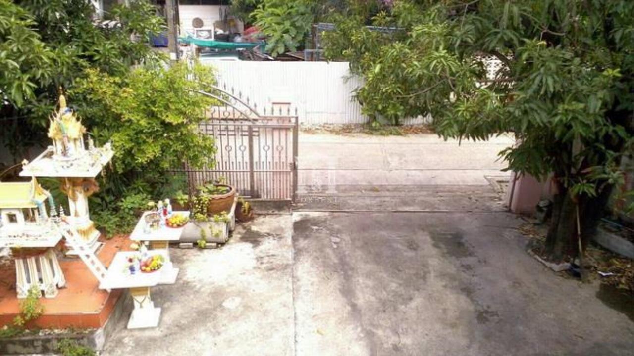 Forbest Properties Agency's 37475 - Single house 2 stories Ratchadapisek 30 Road. 117 sq.w. 1