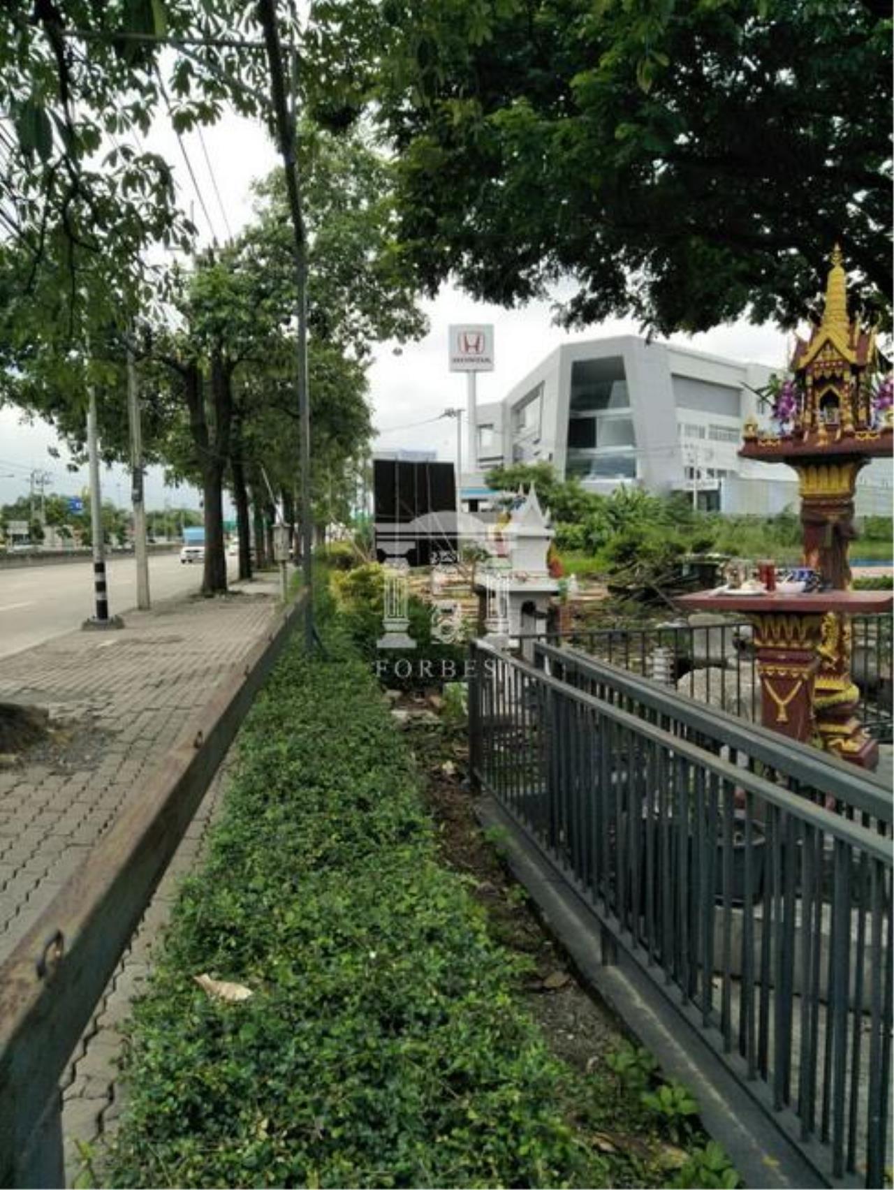 Forbest Properties Agency's 37644-Land for sale, on  Prasertmanukij  road, 4 rai 395 sq.wa. 1