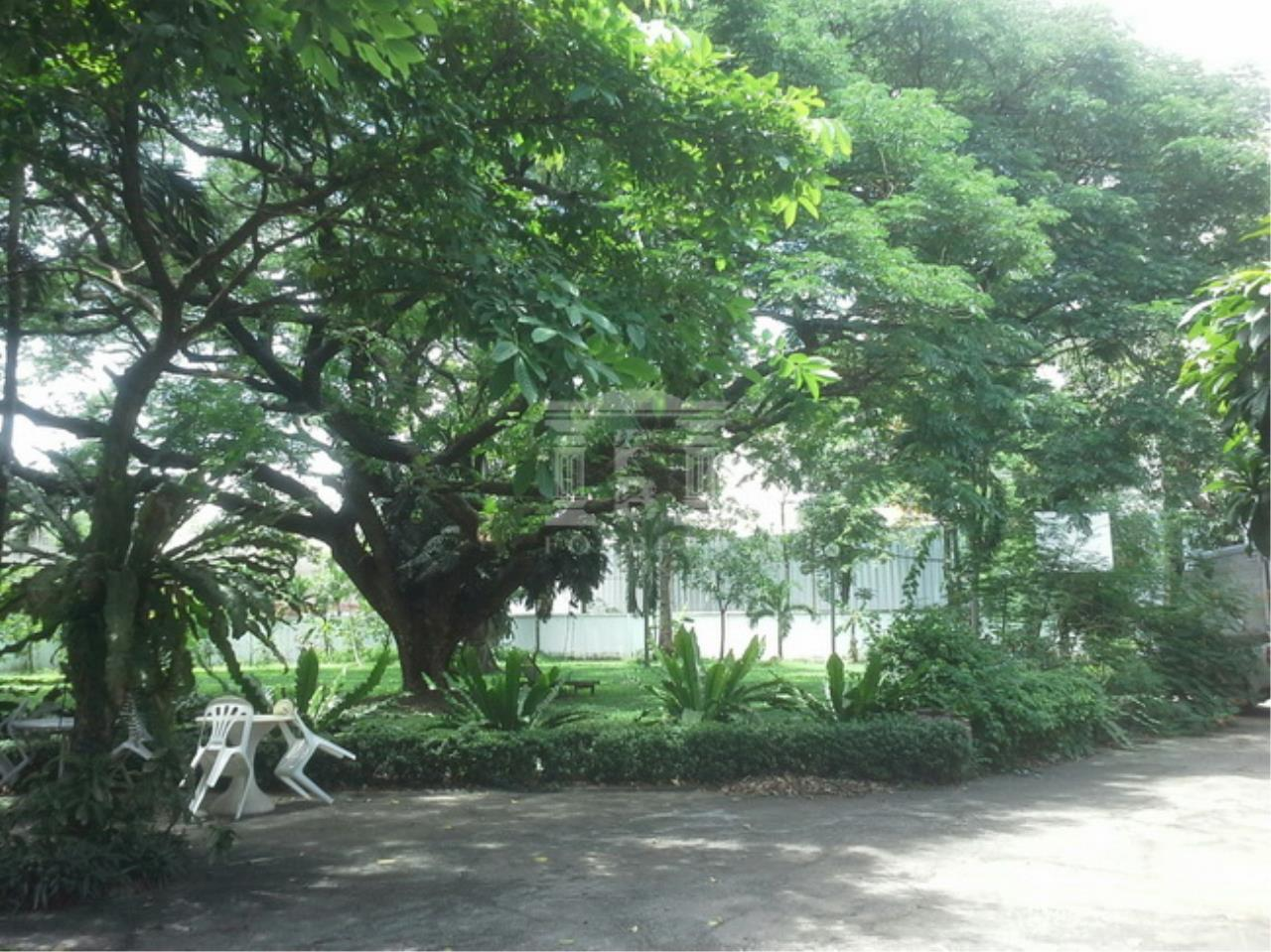 Forbest Properties Agency's 37600-Land for sale, on Chaeng Watthana road, 2 rai 399 sq.wa. 2